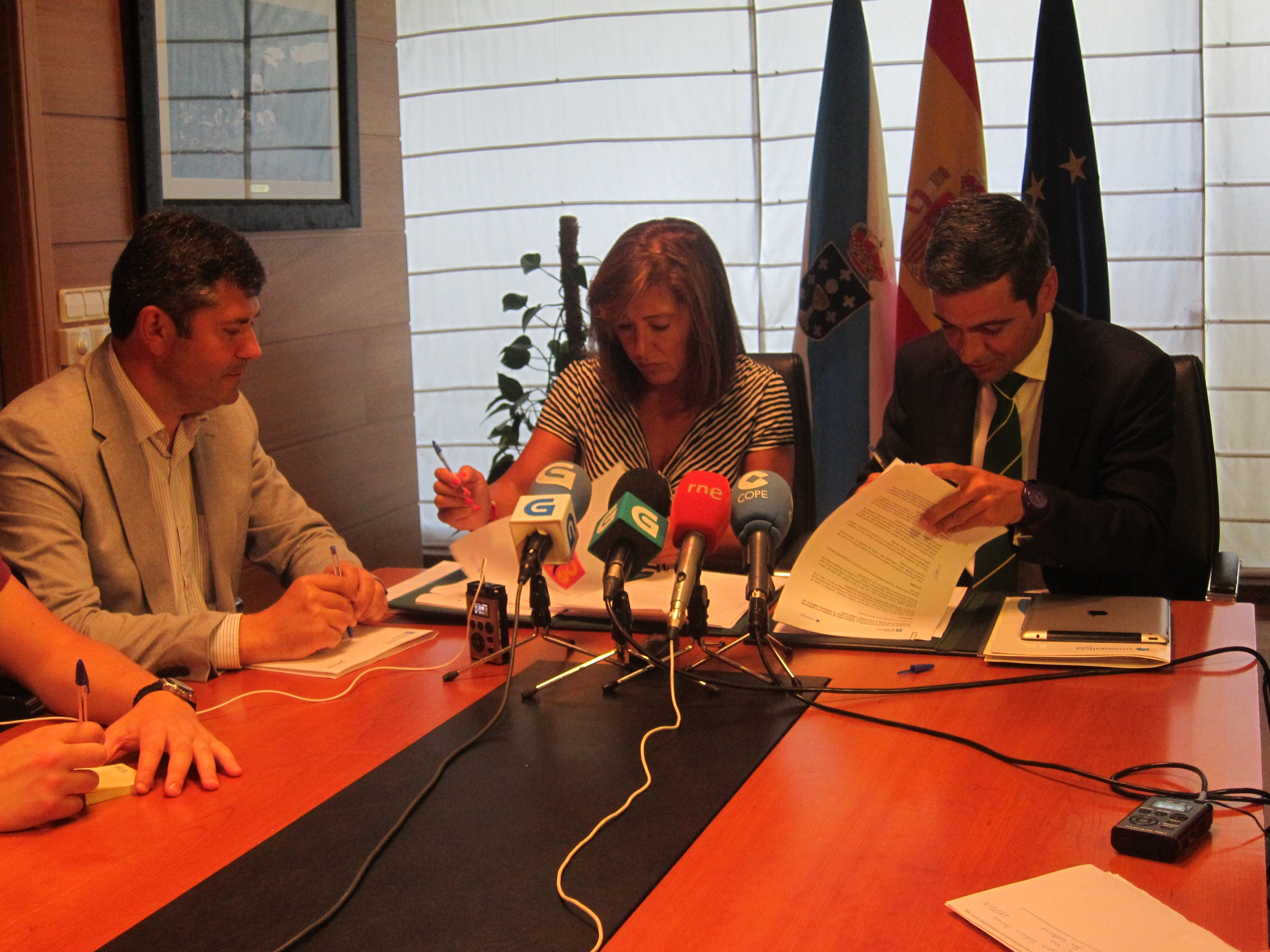 Novagalicia dice que «ojalá» quien compre la entidad «mantenga los centros de decisión en Galicia»