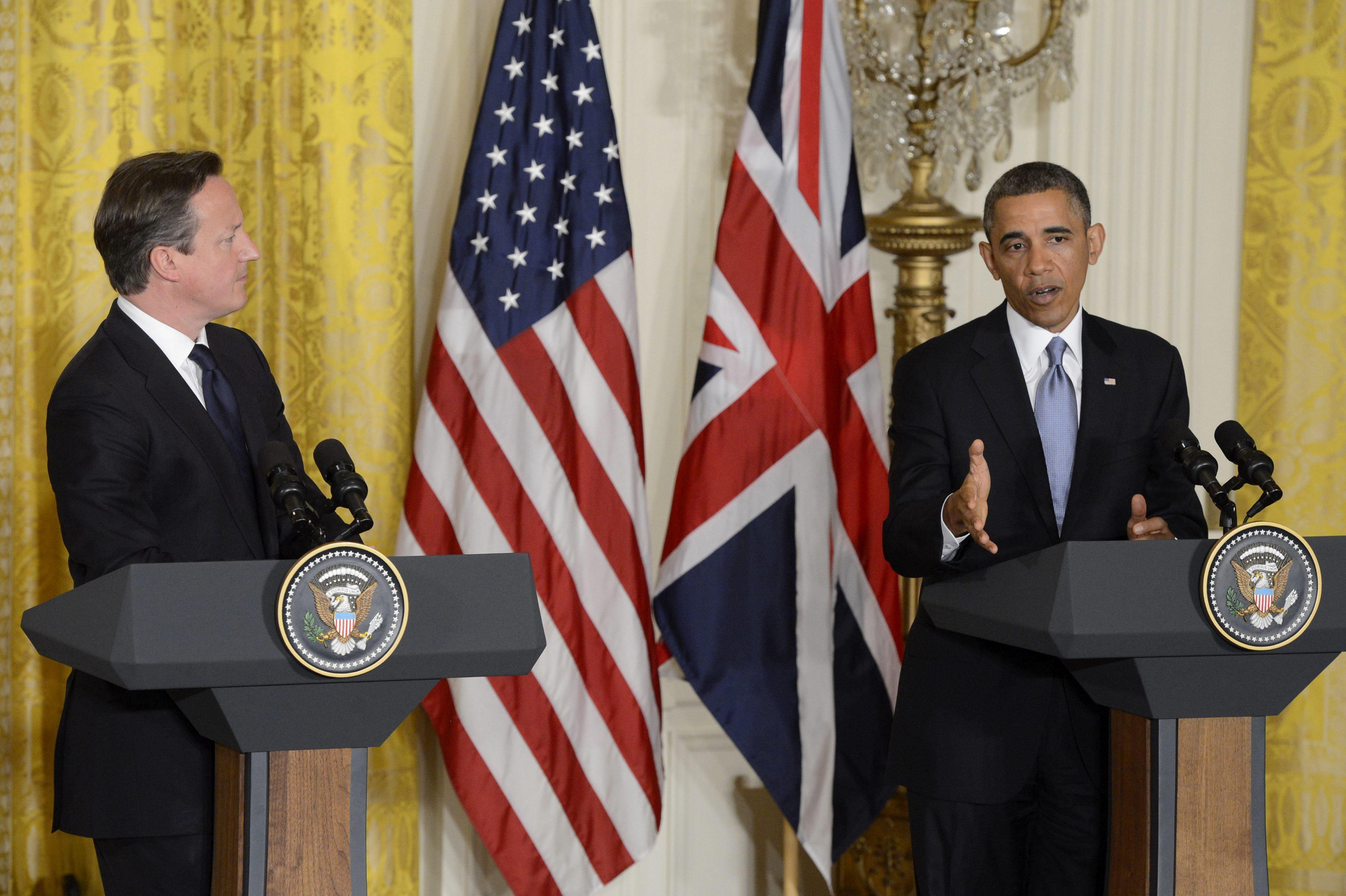 Obama y Cameron continúan las consultas sobre cómo responder a la violencia en Siria