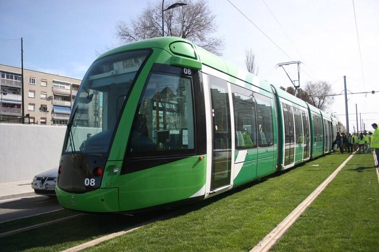 PP de Madrid denunciará a Tomás Gómez ante el TS por malversación y prevaricación en su gestión en el tranvía de Parla