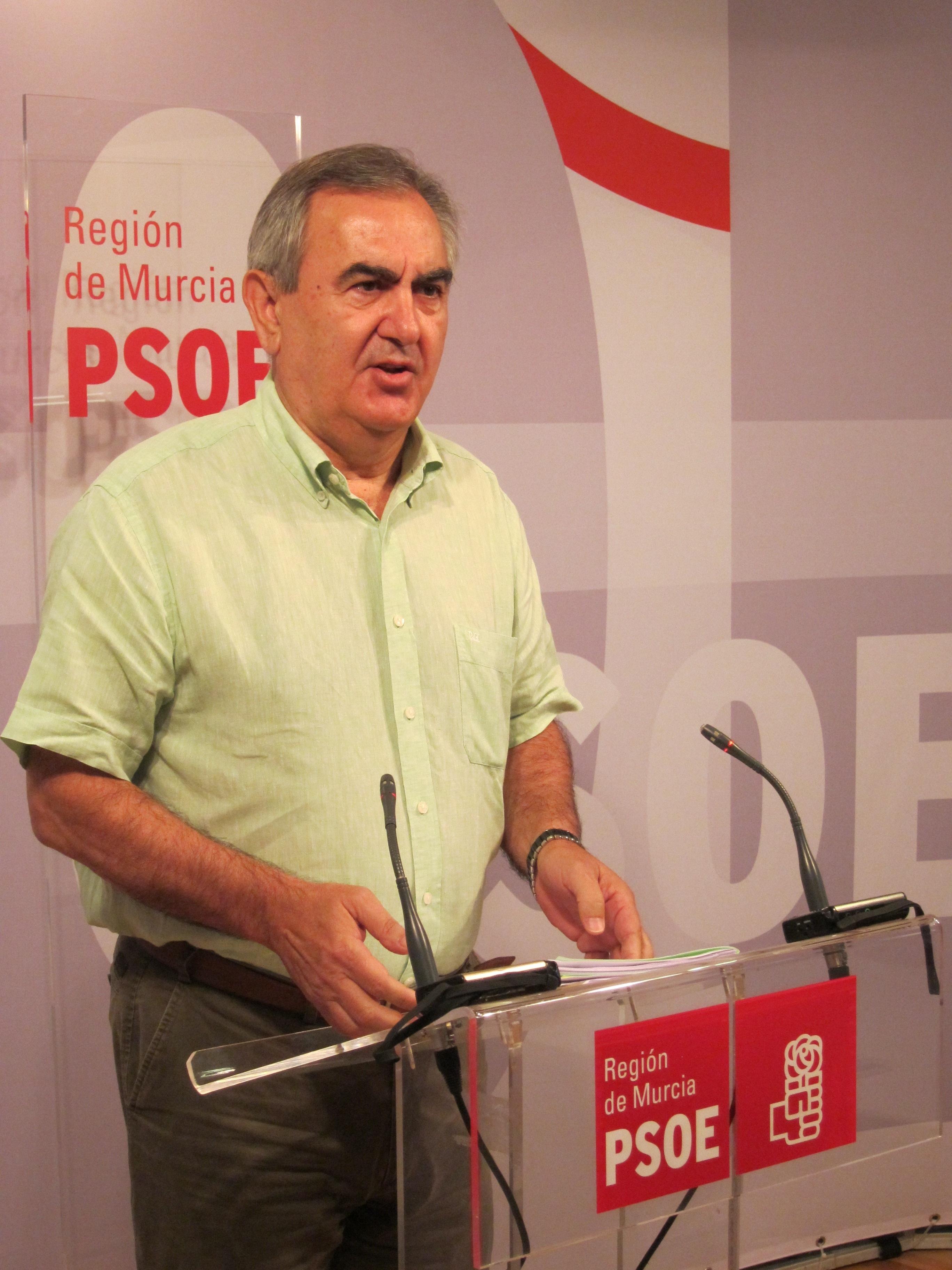 PSOE lamenta que Valcárcel se rinda y no luche por el Tajo-Segura y critica que vuelva con manos vacías en financiación