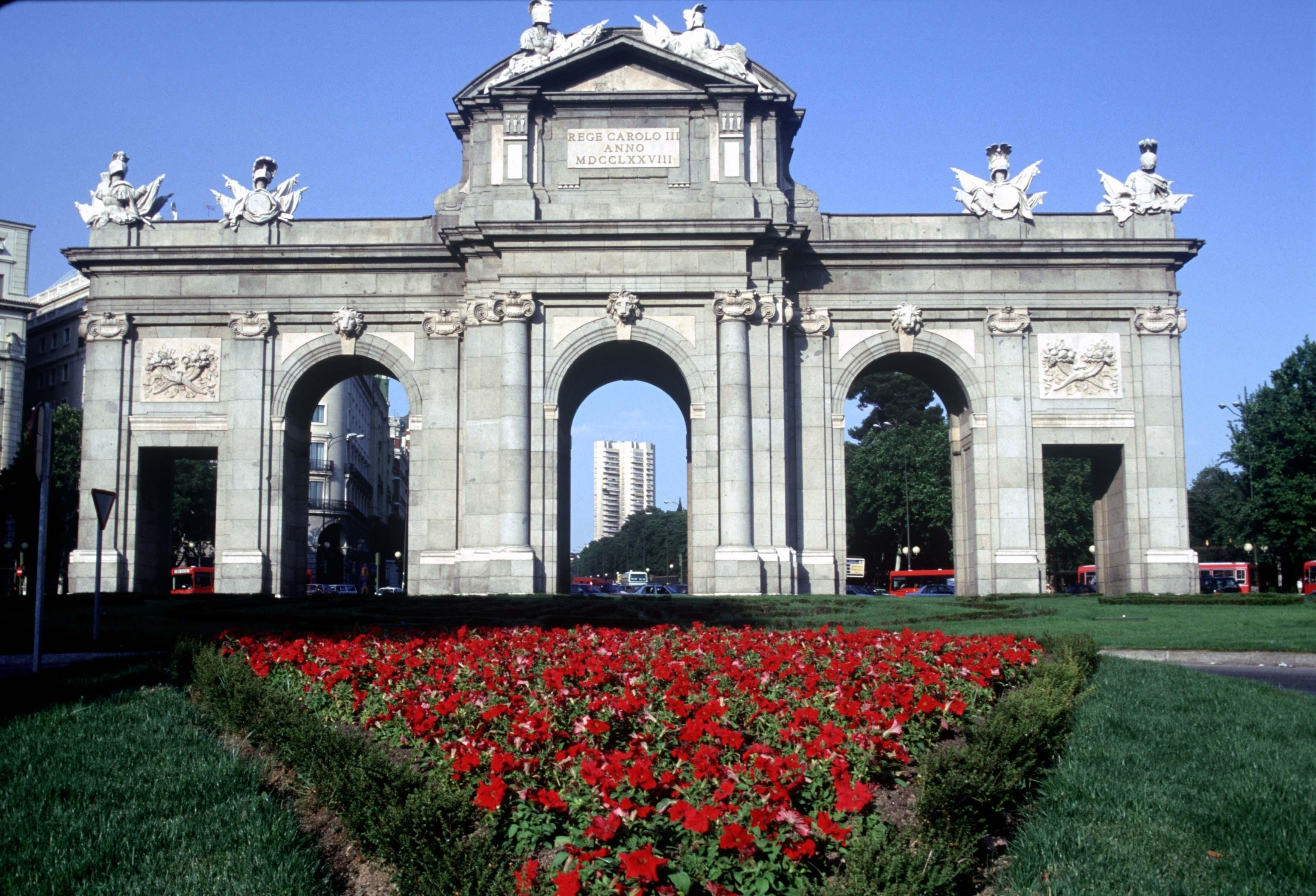 La Puerta de Alcalá será el epicentro de la elección de Madrid 2020