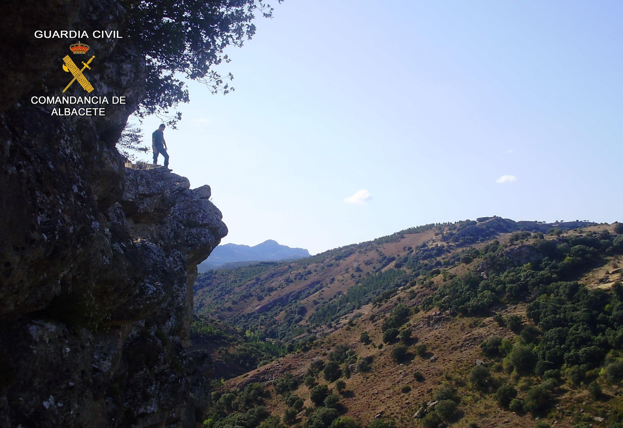 Rescatada una persona de 59 años tras sufrir una caída mientras cazaba en Yeste (Albacete)