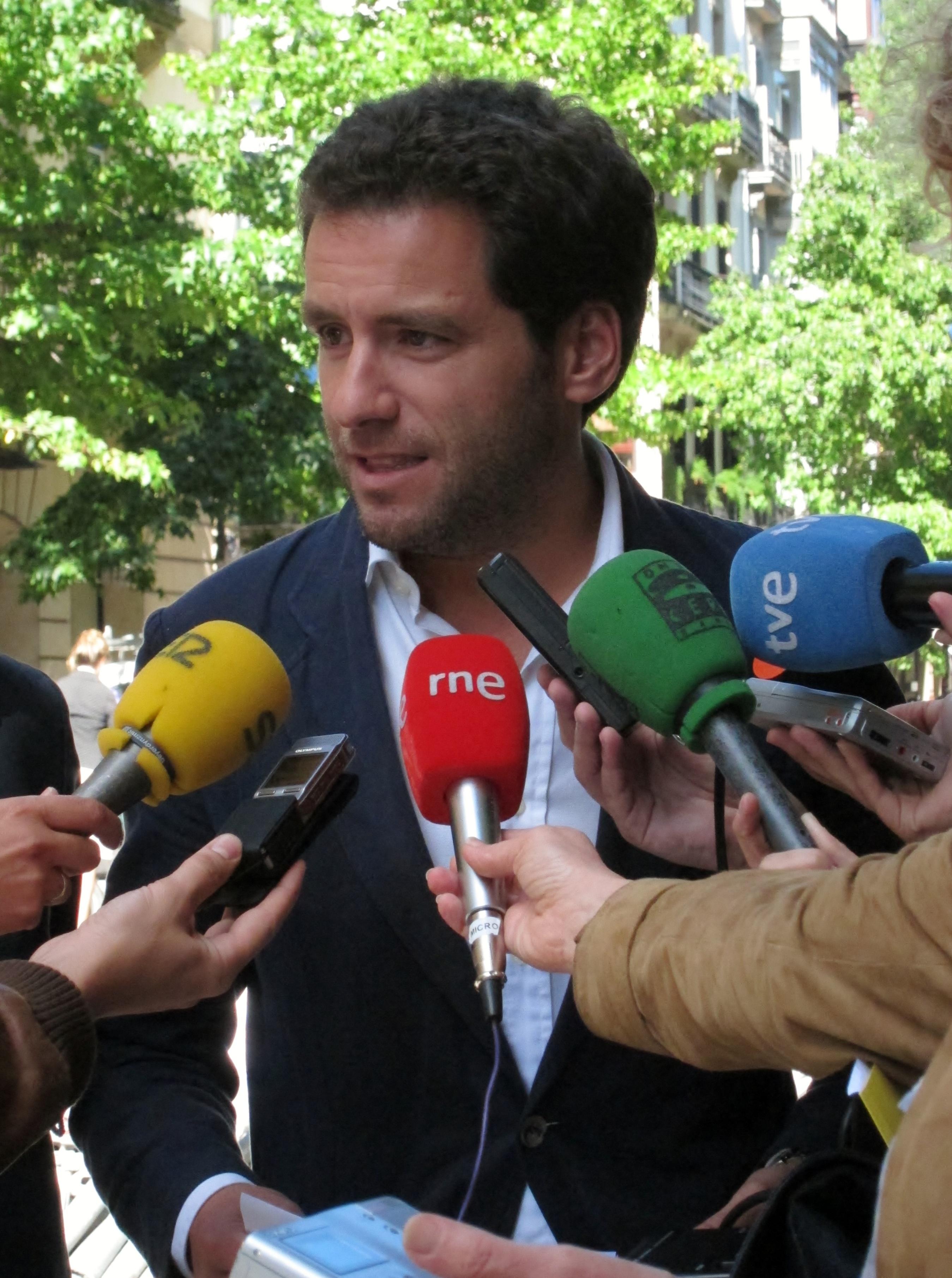 Sémper asegura que, pese a que algunos hablen de «dos almas» en el PP vasco, «no hay dudas ni disputas» en su posición
