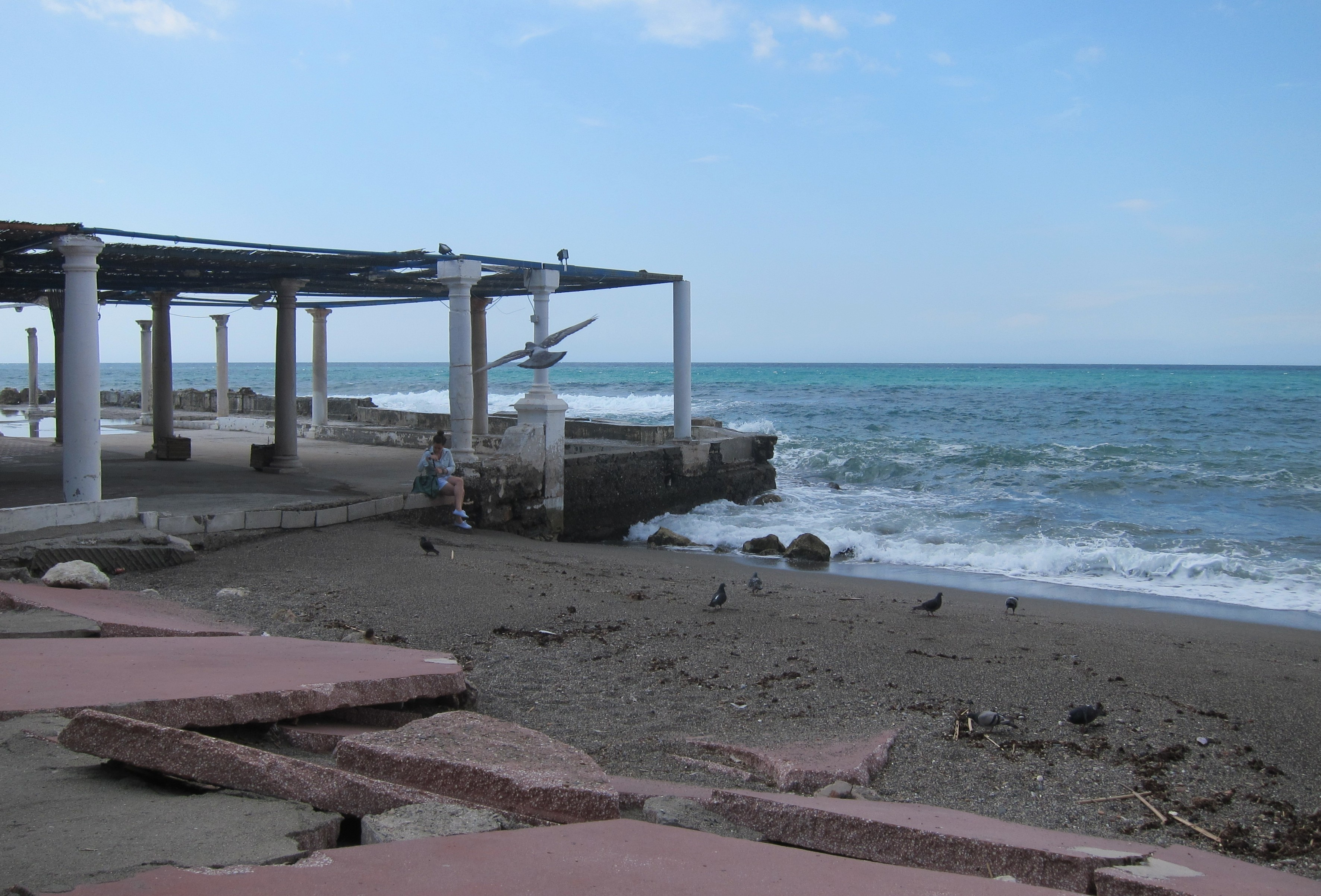 De la Torre pide a Junta que «cuanto antes» se incorpore a la negociación del proyecto de los Baños del Carmen