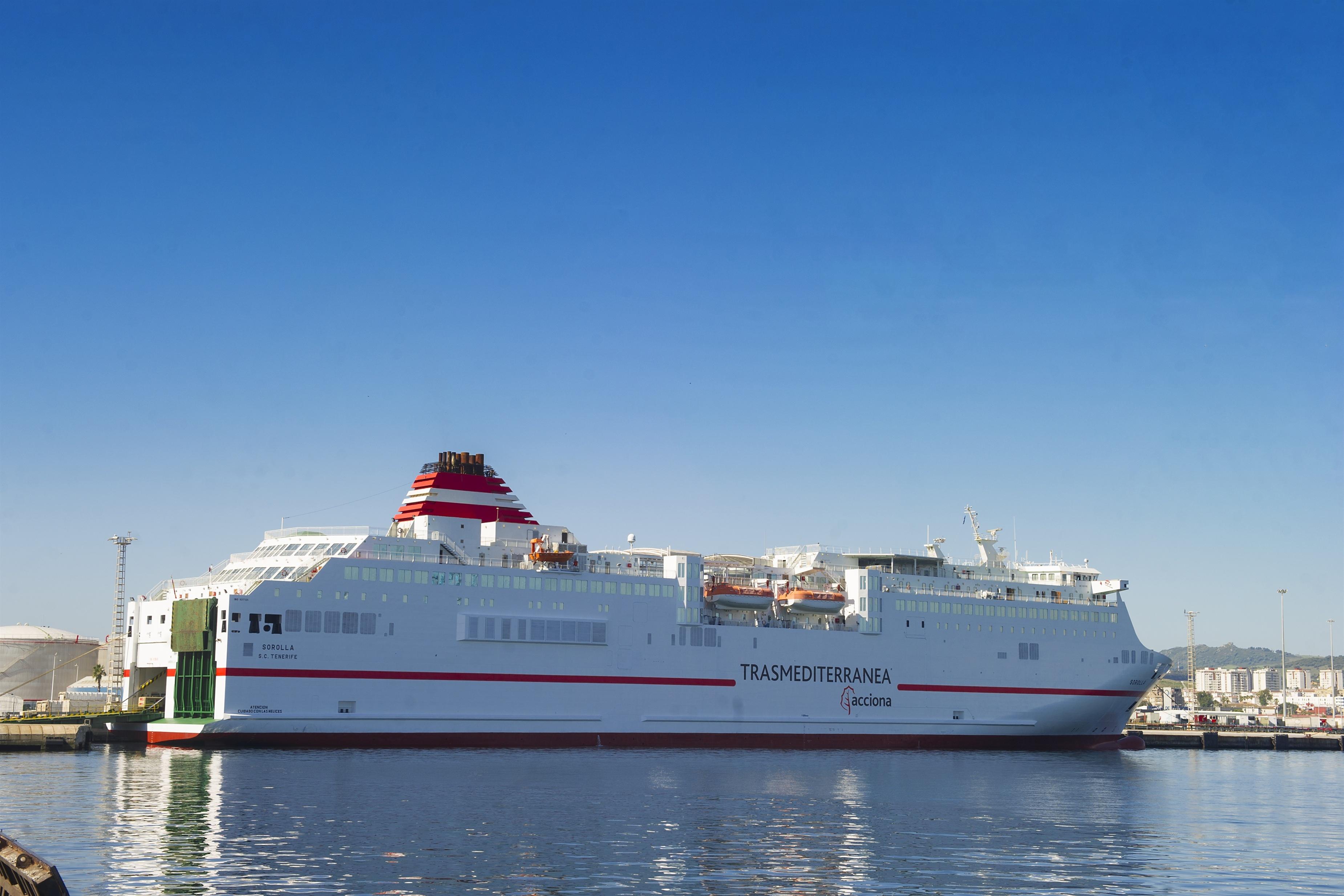 Trasmediterránea dispone 11 barcos y 50.000 plazas diarias para el regreso de la Operación Paso del Estrecho