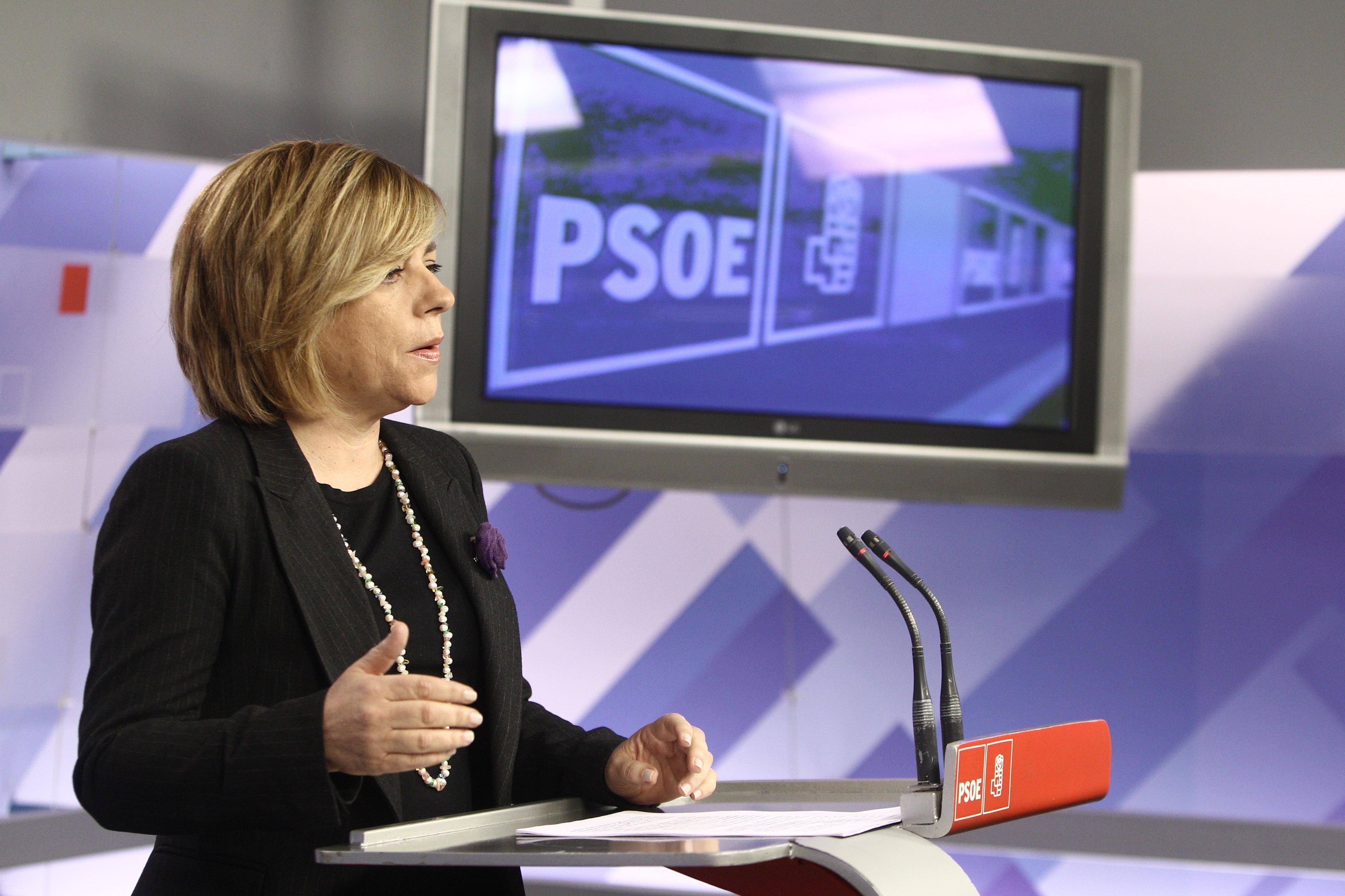 Valenciano (PSOE) ve una «maledicencia total y absoluta» decir que no tiene buena relación con Susana Díaz