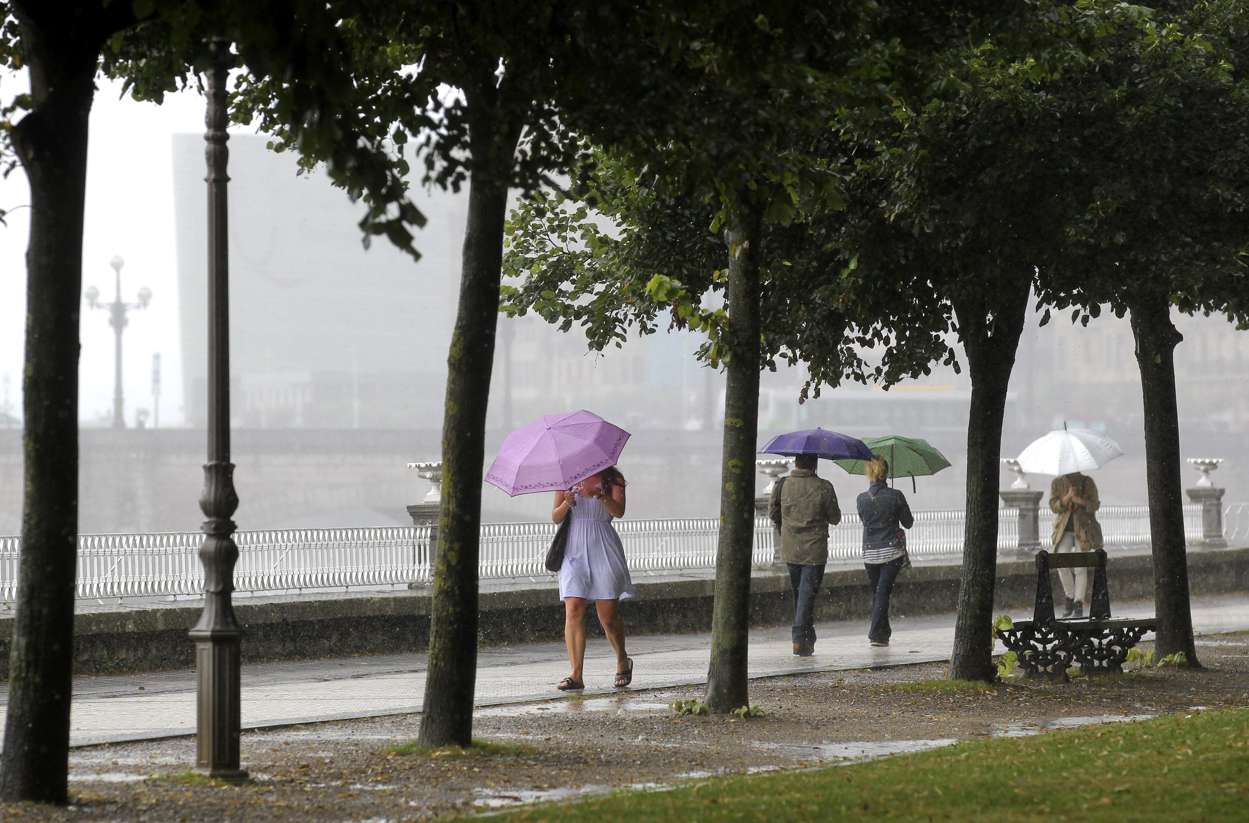 Las alertas meteorológicas por tormentas y lluvias afectan a 17 provincias