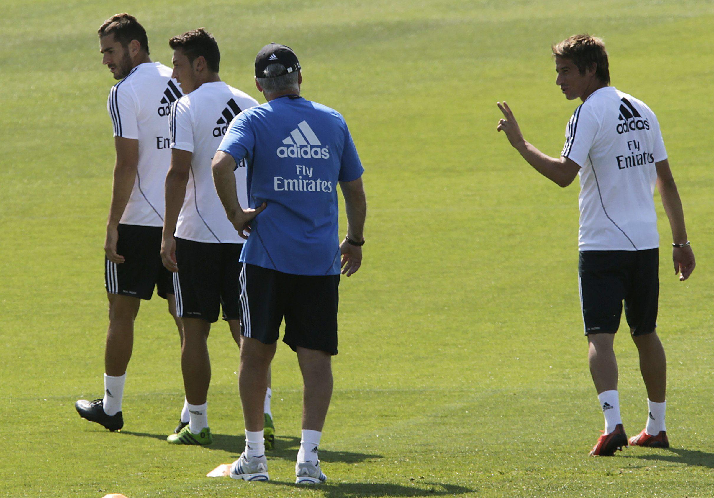 Coentrao con un pie fuera, Di María tiene ofertas y Özil quiere quedarse