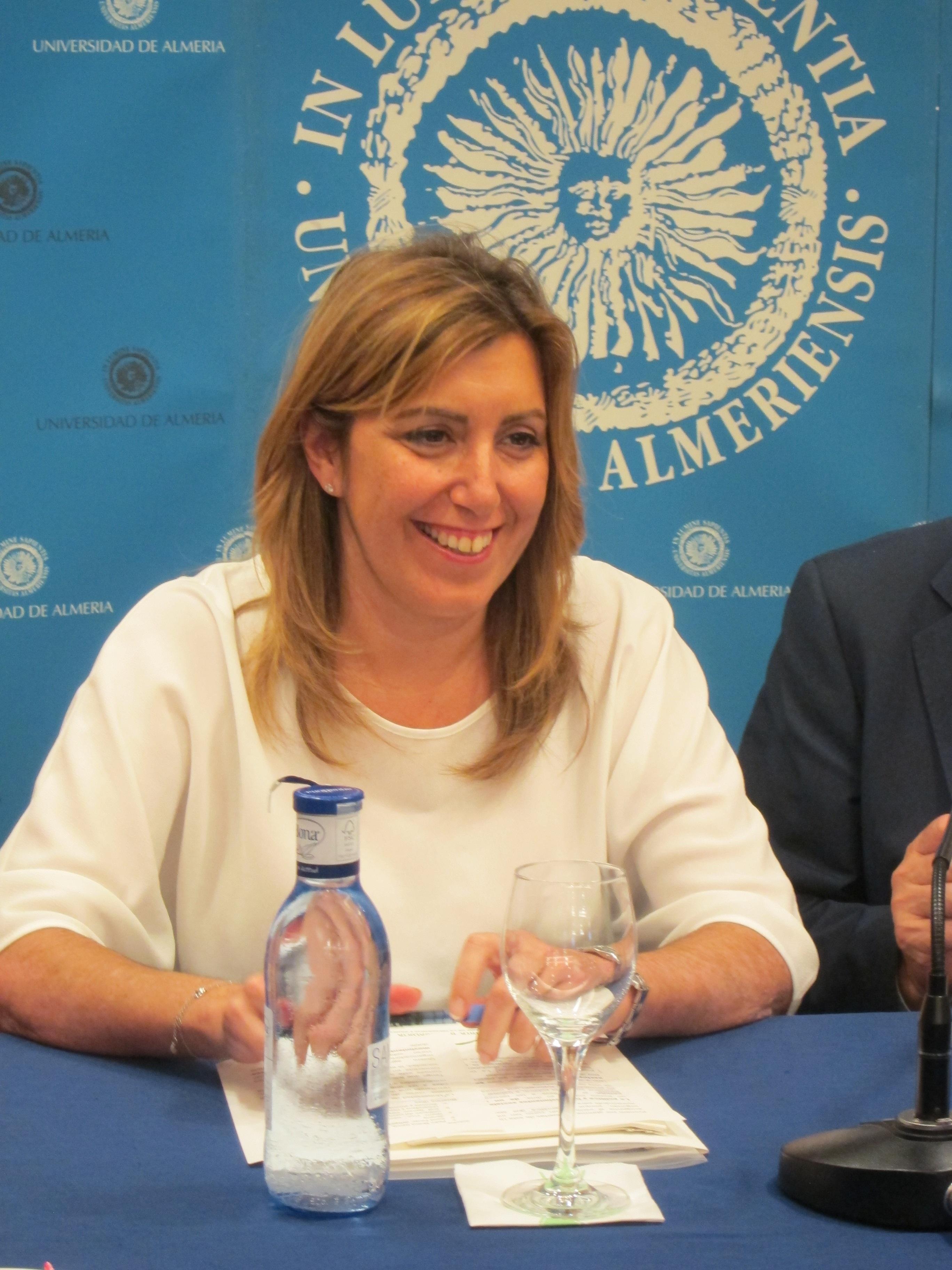Las ocho direcciones provinciales del PSOE andaluz apoyan a Susana Díaz como candidata a la investidura