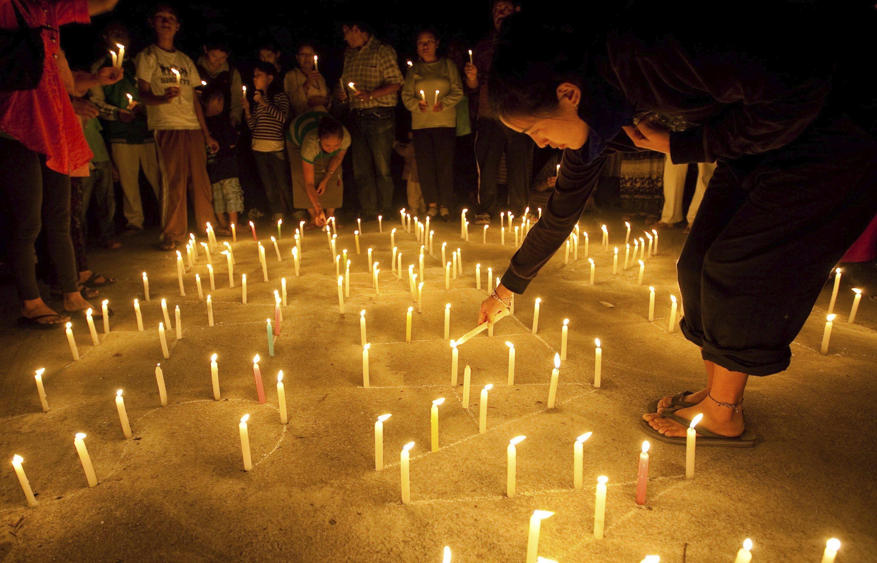 Fallece un joven que se inmoló a lo bonzo por estar en paro en Argelia