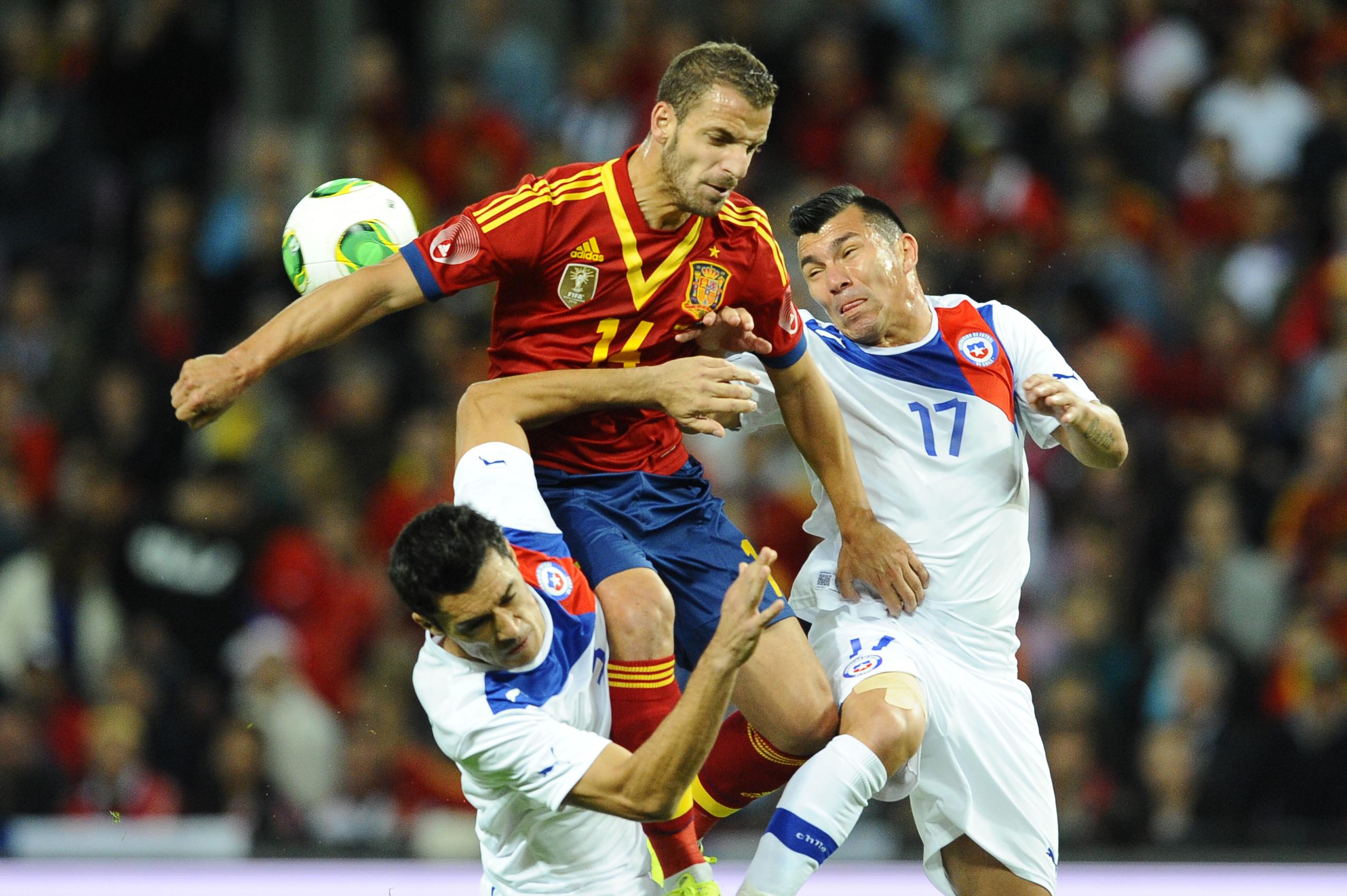 España salva en el descuento un empate en el amistoso ante Chile
