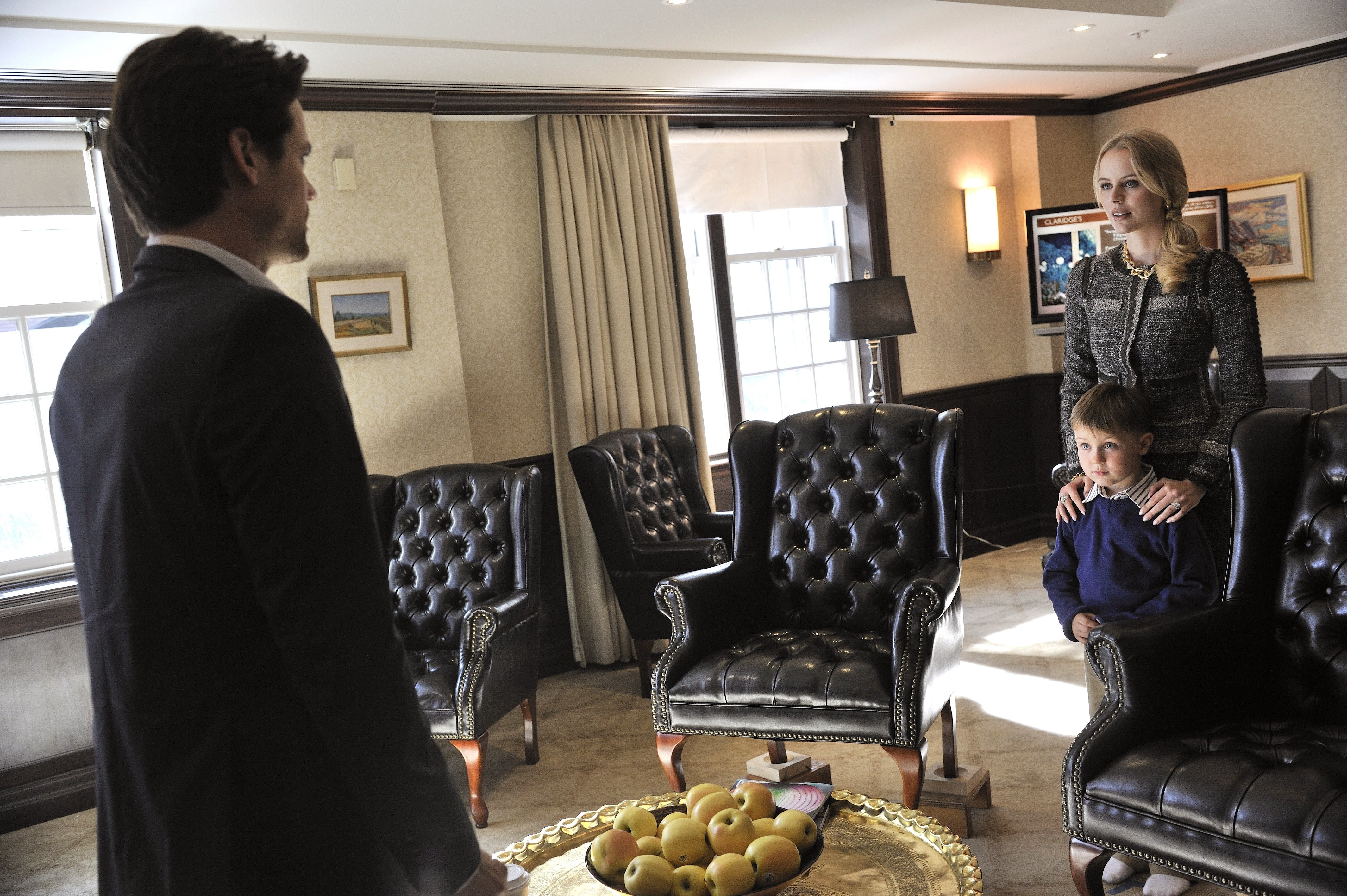 Nikita descubre un secreto que puede cambiar la vida de Michael