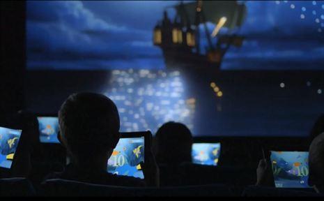 Disney reinventa la forma de ver cine en salas con el iPad y La Sirenita