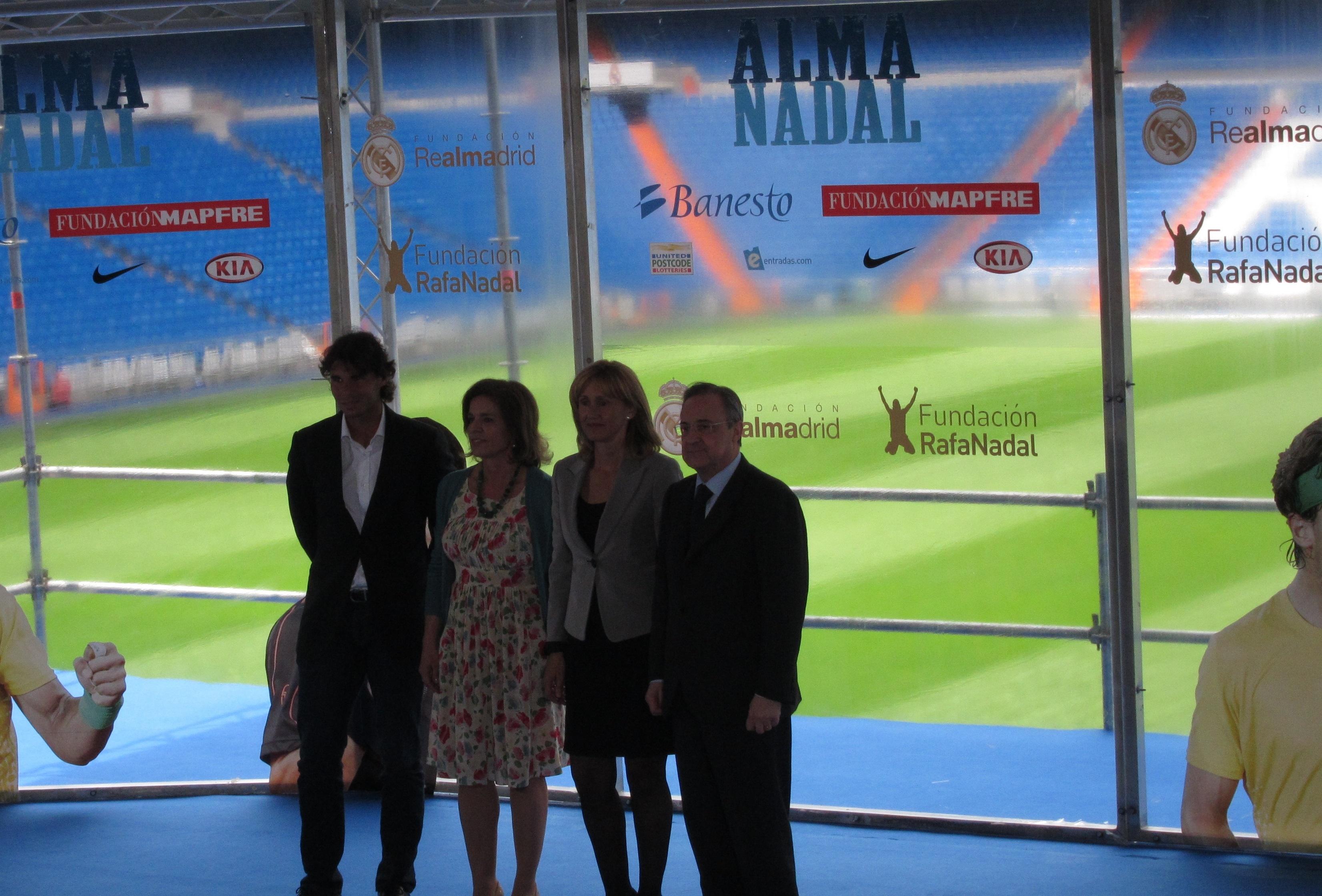 Botella dice que la Copa Davis en la Caja Mágica llega en «un momento de ilusión para la ciudad, volcada con el deporte»