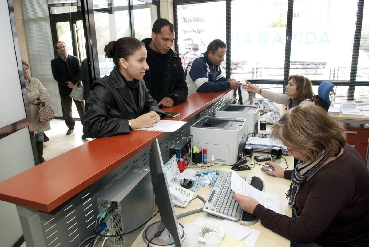 Cantabria, tercera región donde más caen los hogares extranjeros, con un -14,4%, según Asempleo