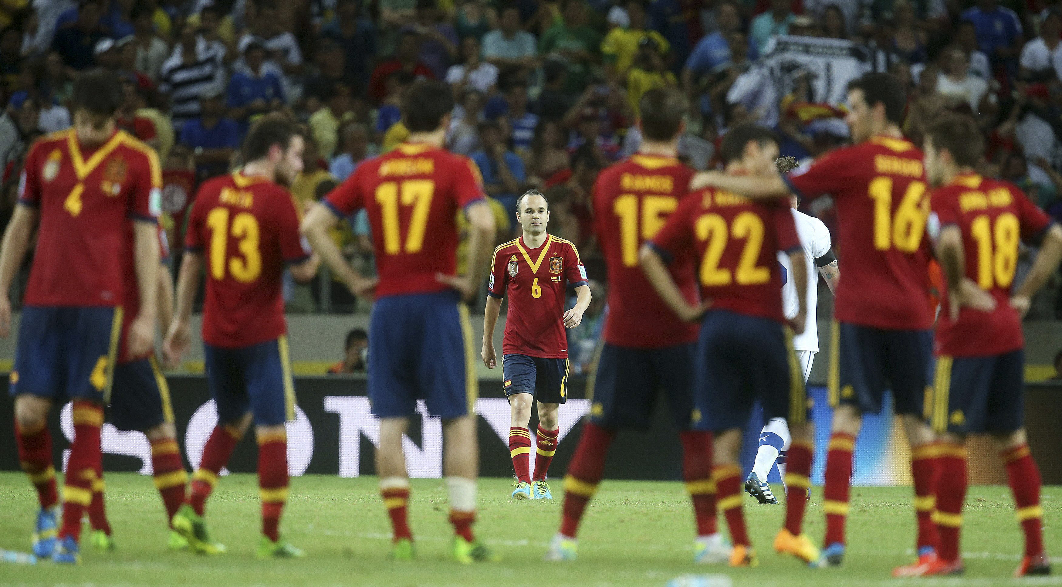 España sigue a la cabeza con nueve cambios entre los diez primeros