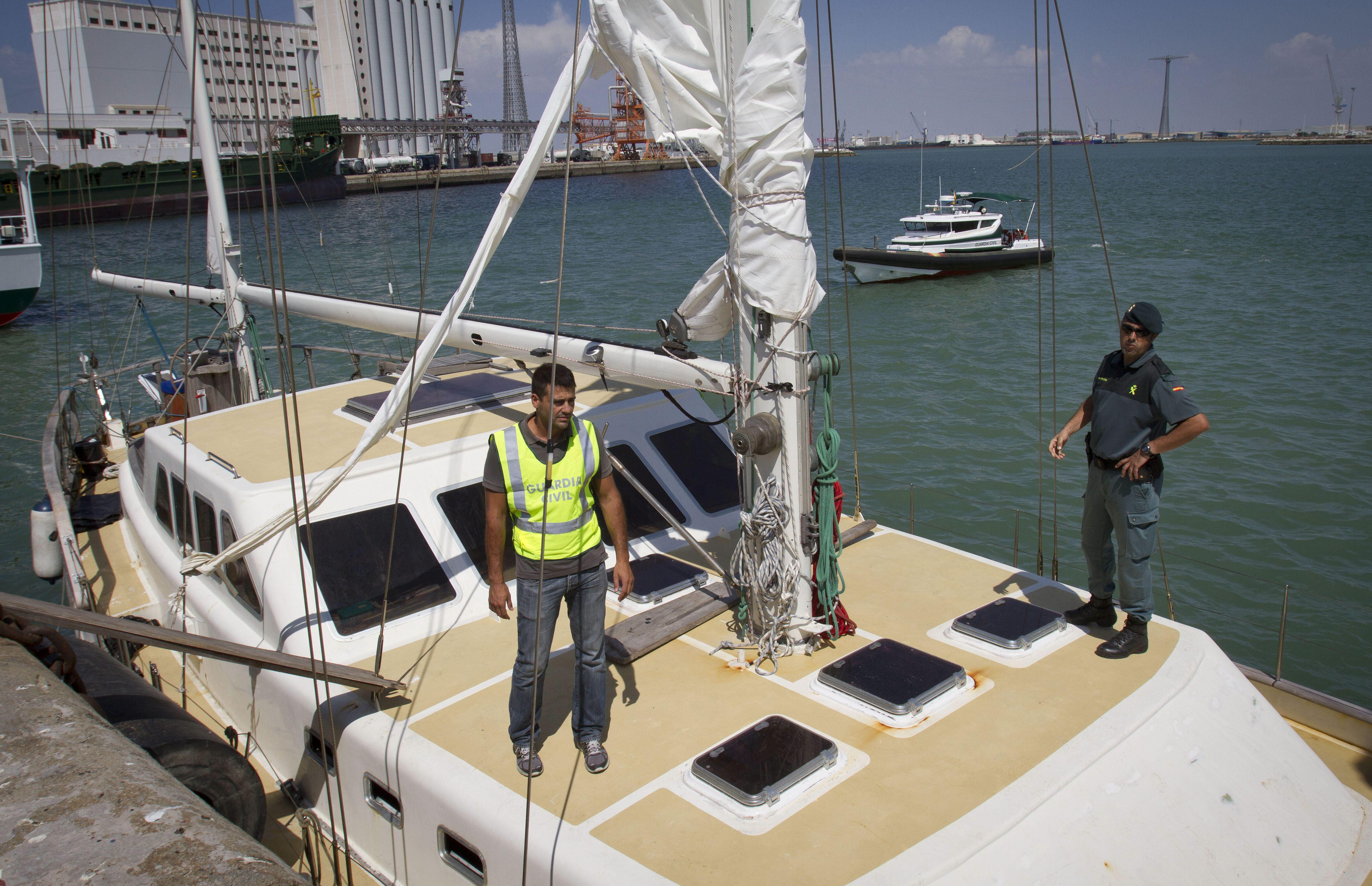 Incautan 800 kilos de cocaína en un velero en el Atlántico, con 16 detenidos