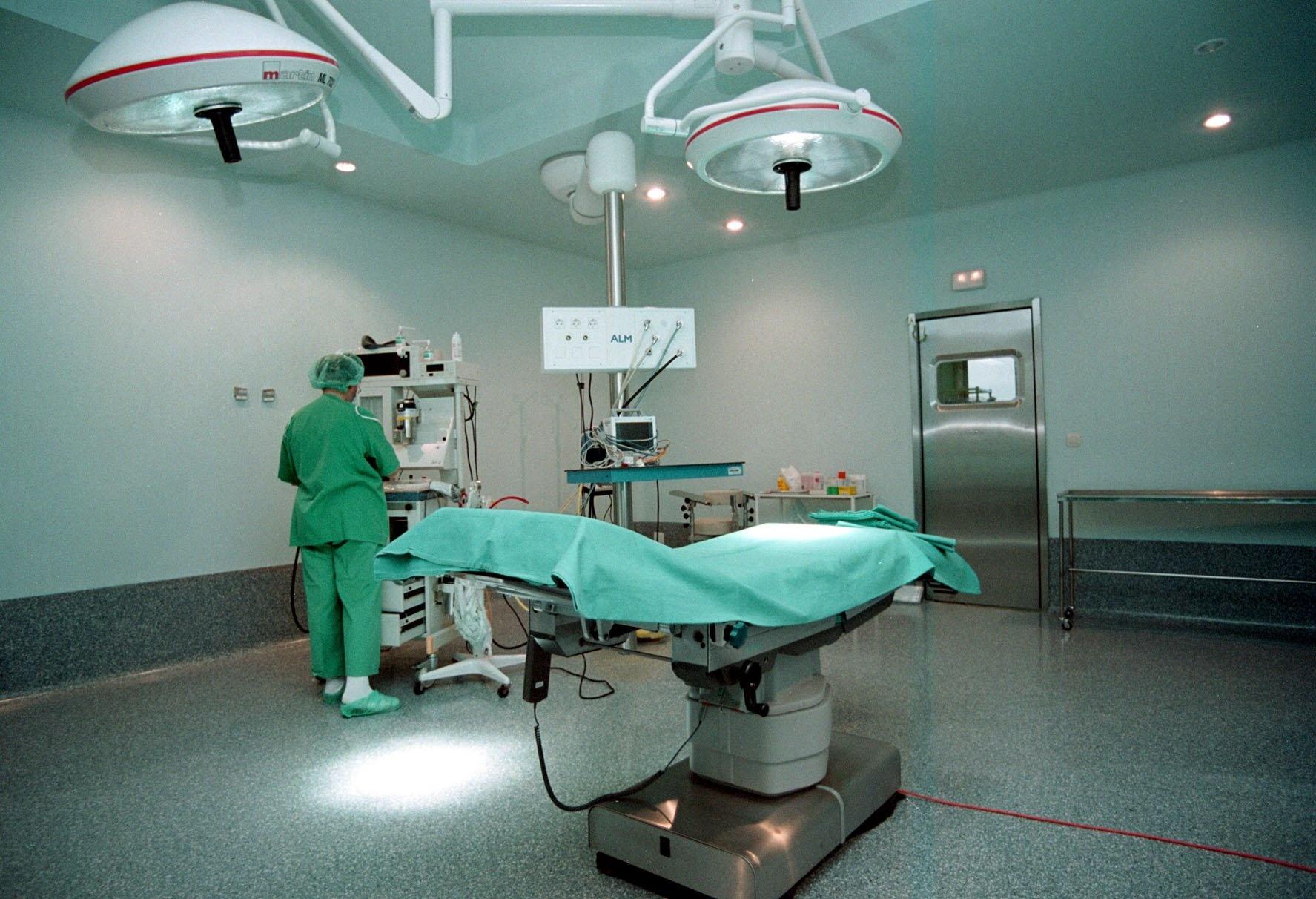 La Junta aprueba 492.000 euros para la contratación de 620 procedimientos quirúrgicos en Burgos