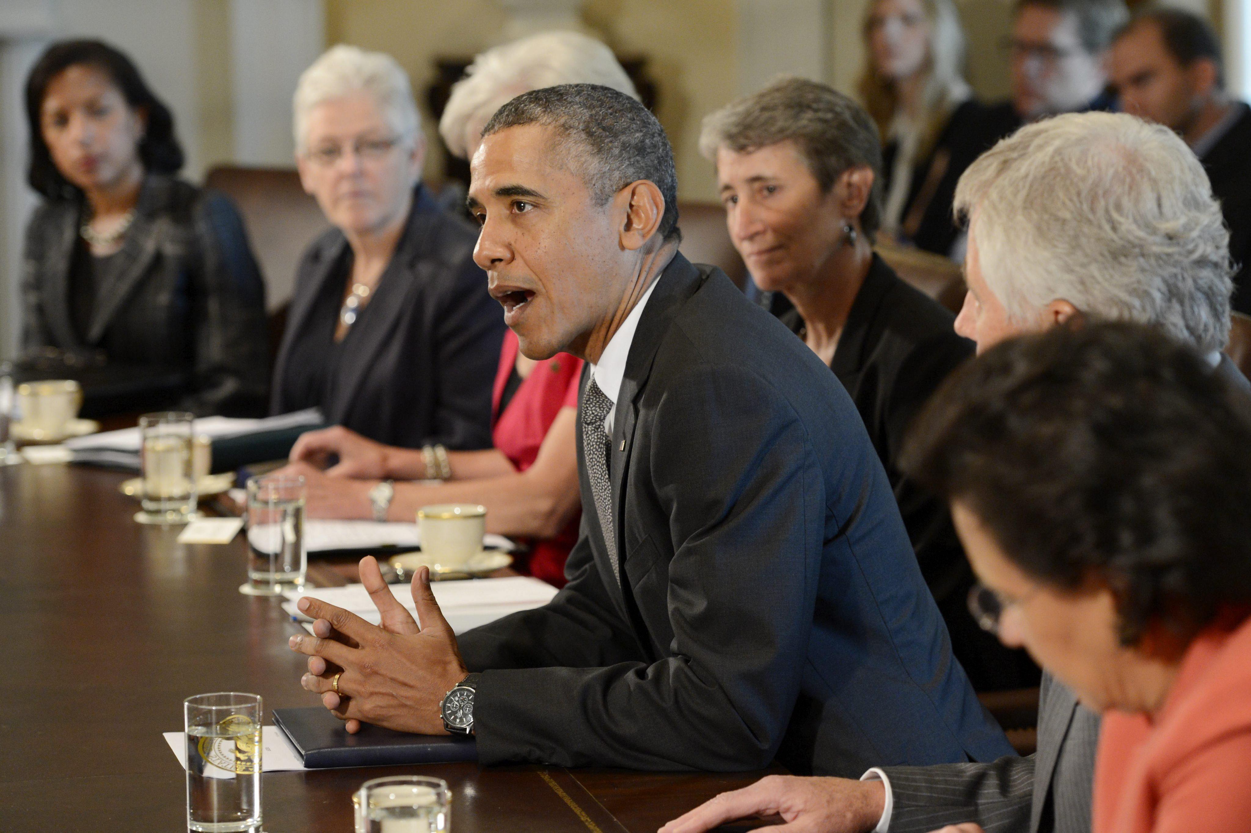 Obama urge al Congreso centrarse en el presupuesto, empleos, salud e inmigración