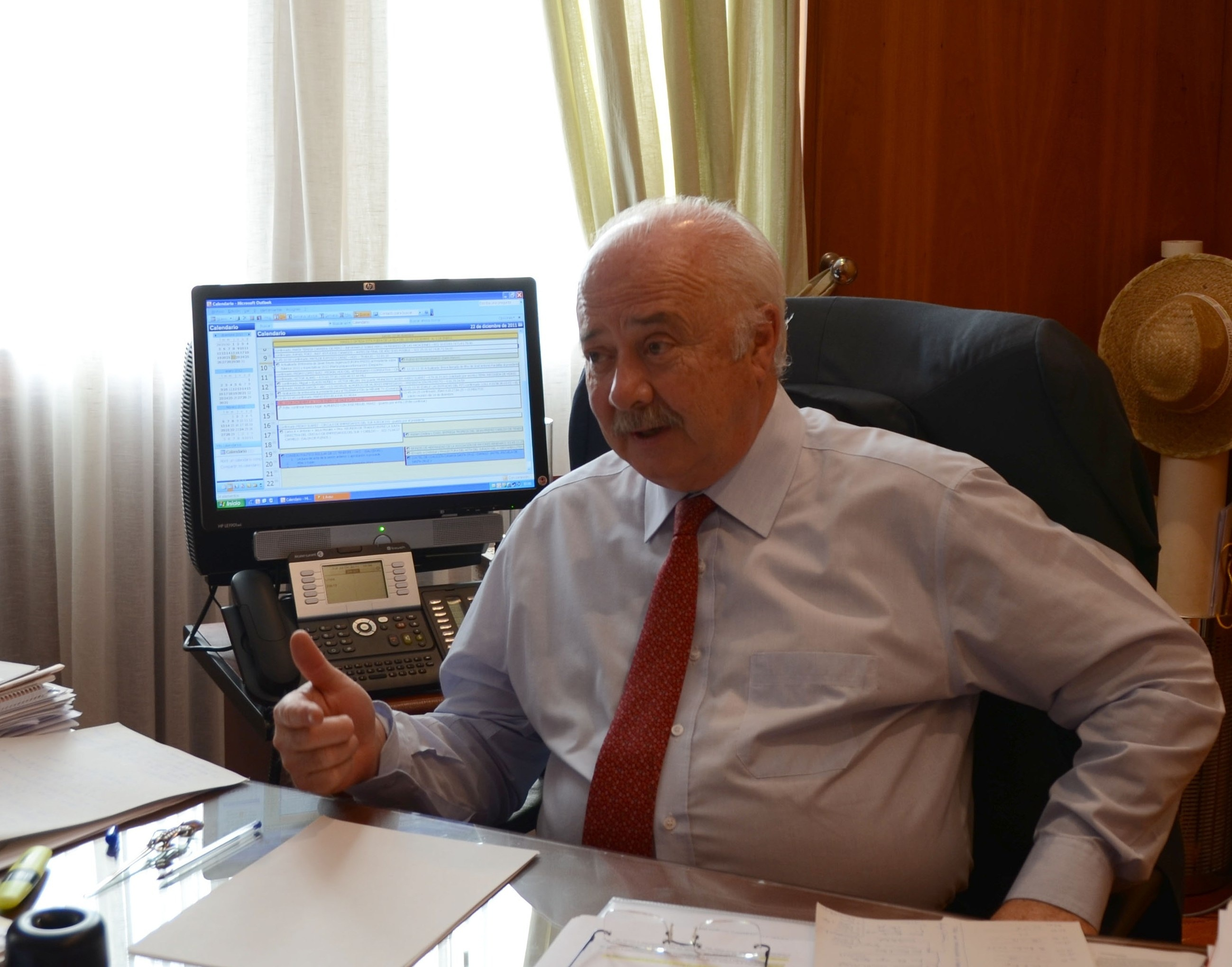 Ricardo Melchior dejará la presidencia del Cabildo de Tenerife el próximo lunes
