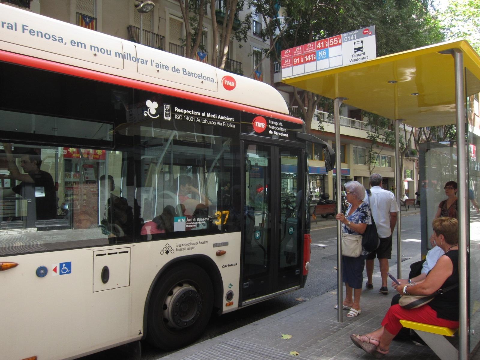 La huelga parcial de buses en Barcelona finaliza sin incidencias