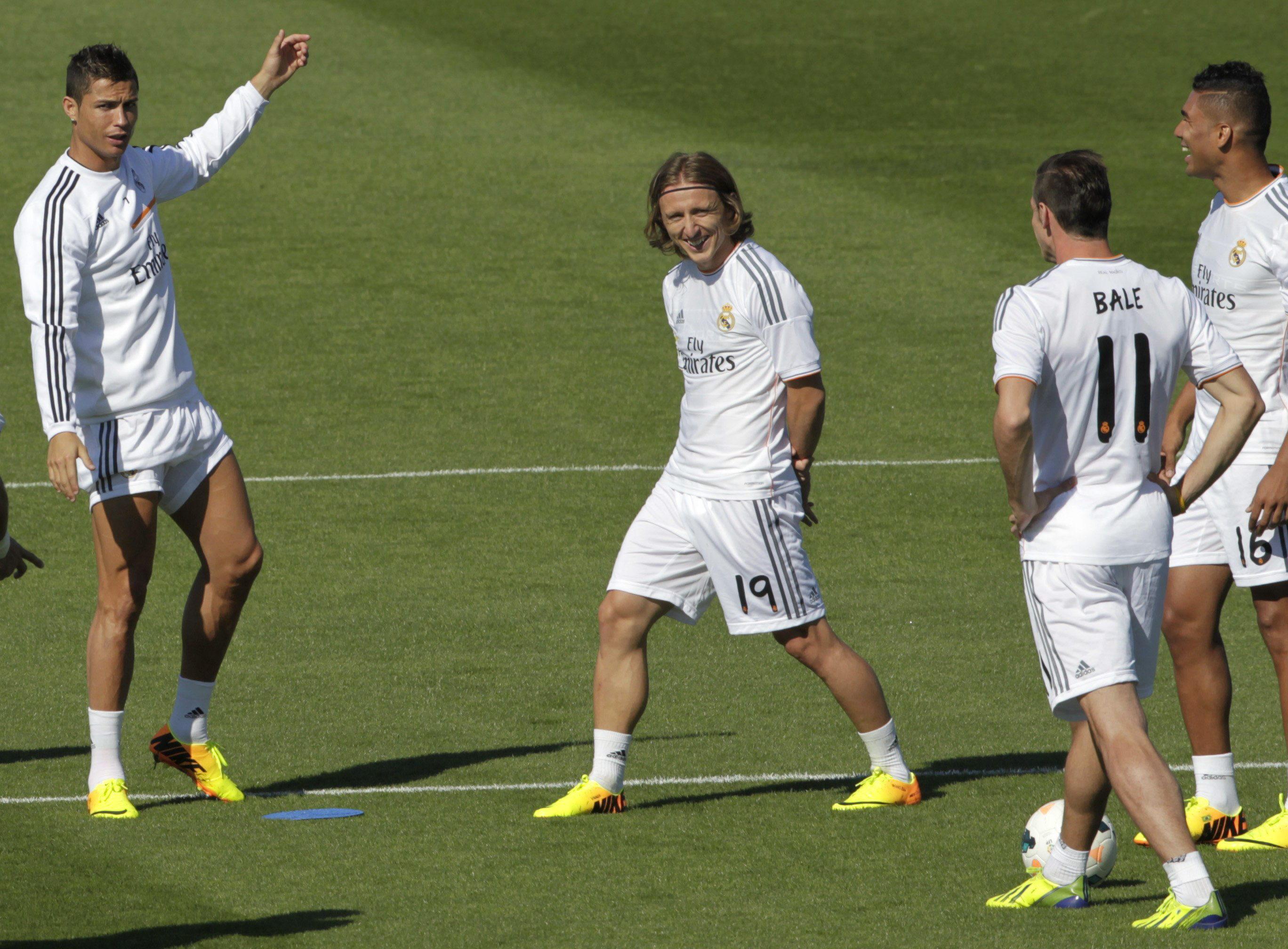 Ancelotti afirma que Bale debutará contra el Villarreal