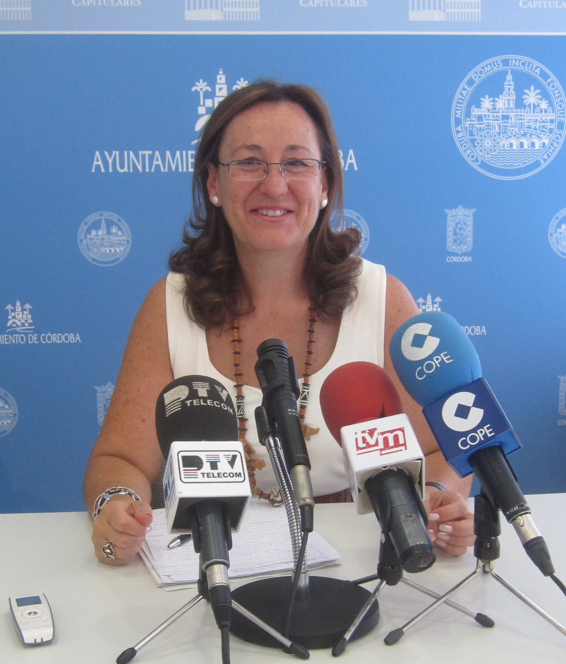 El Ayuntamiento prevé tener este viernes informes que digan si se reabre por completo el Puente de El Arenal