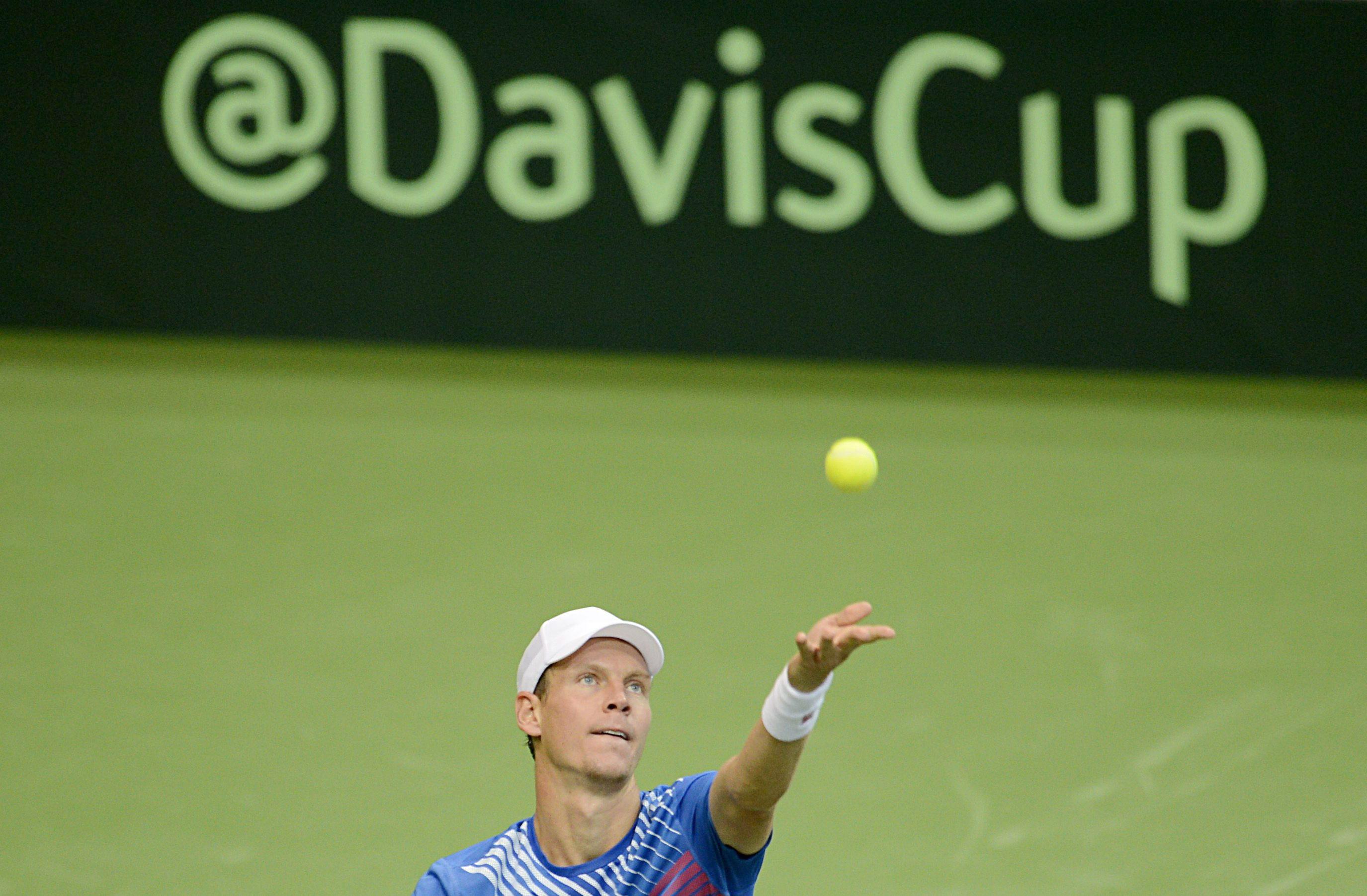2-0. Berdych acerca a los checos a la final de la Copa Davis