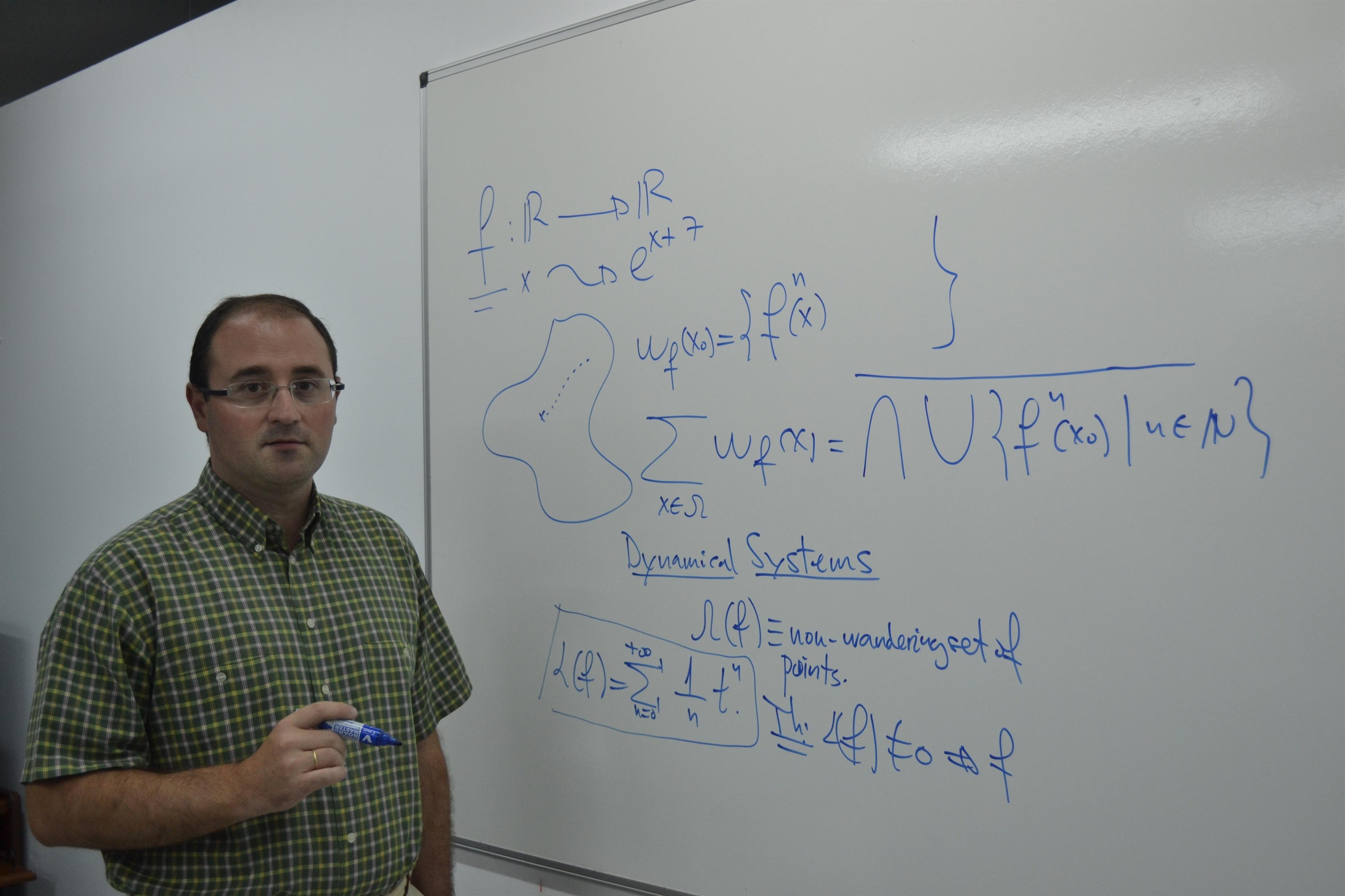 El catedrático García Guirao, nuevo miembro del Consejo Ejecutivo Nacional de Sociedad Española de Matemática Aplicada