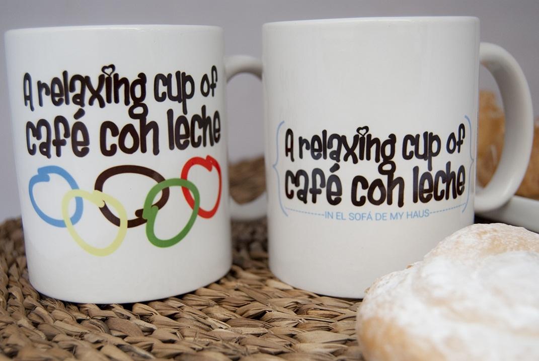 Una empresa comercializa tazas con el logo »relaxing cup of café con leche»