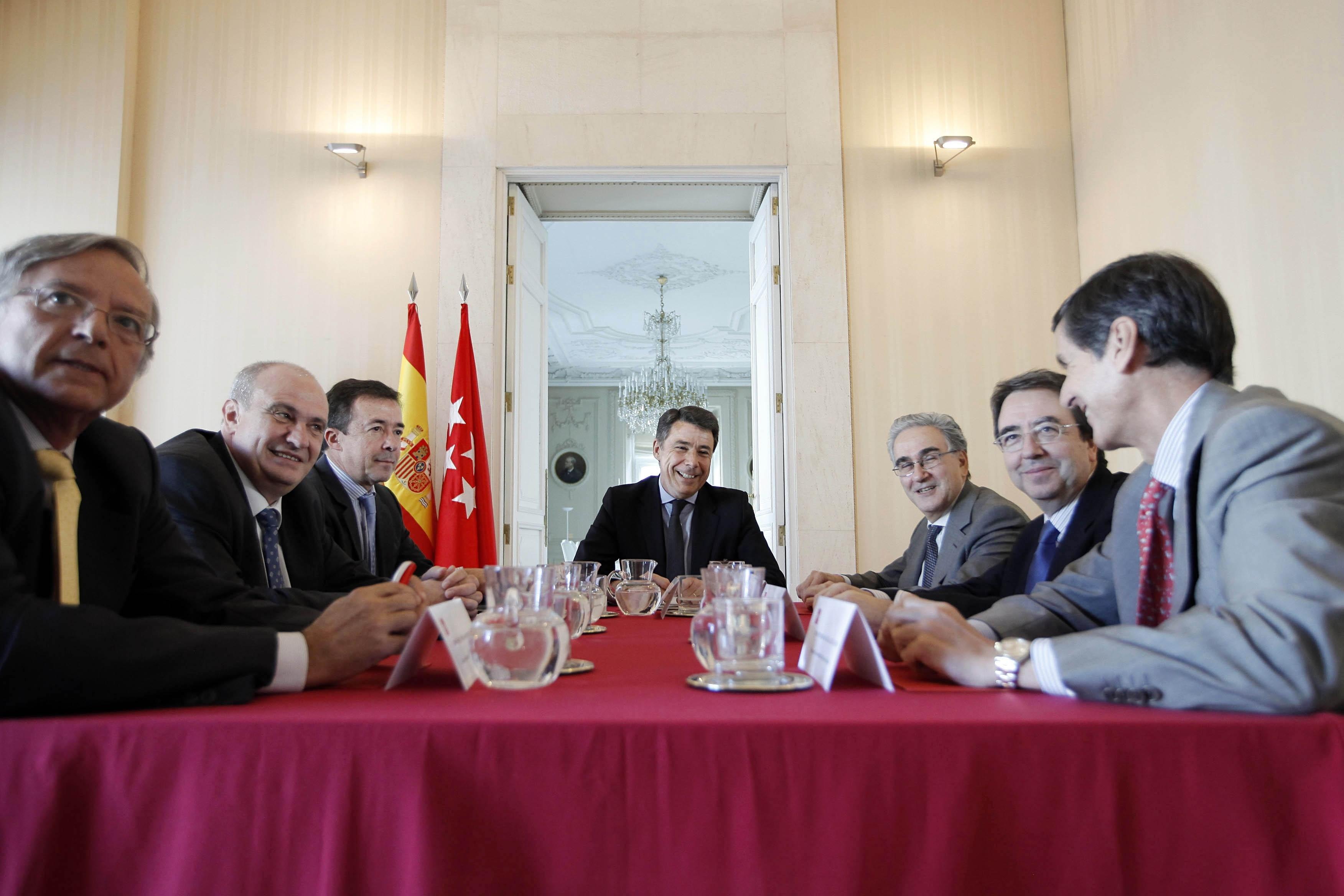 Los rectores de Madrid acusan al Gobierno regional de «ningunearles» y adoptar medidas que «perjudican» a la sociedad