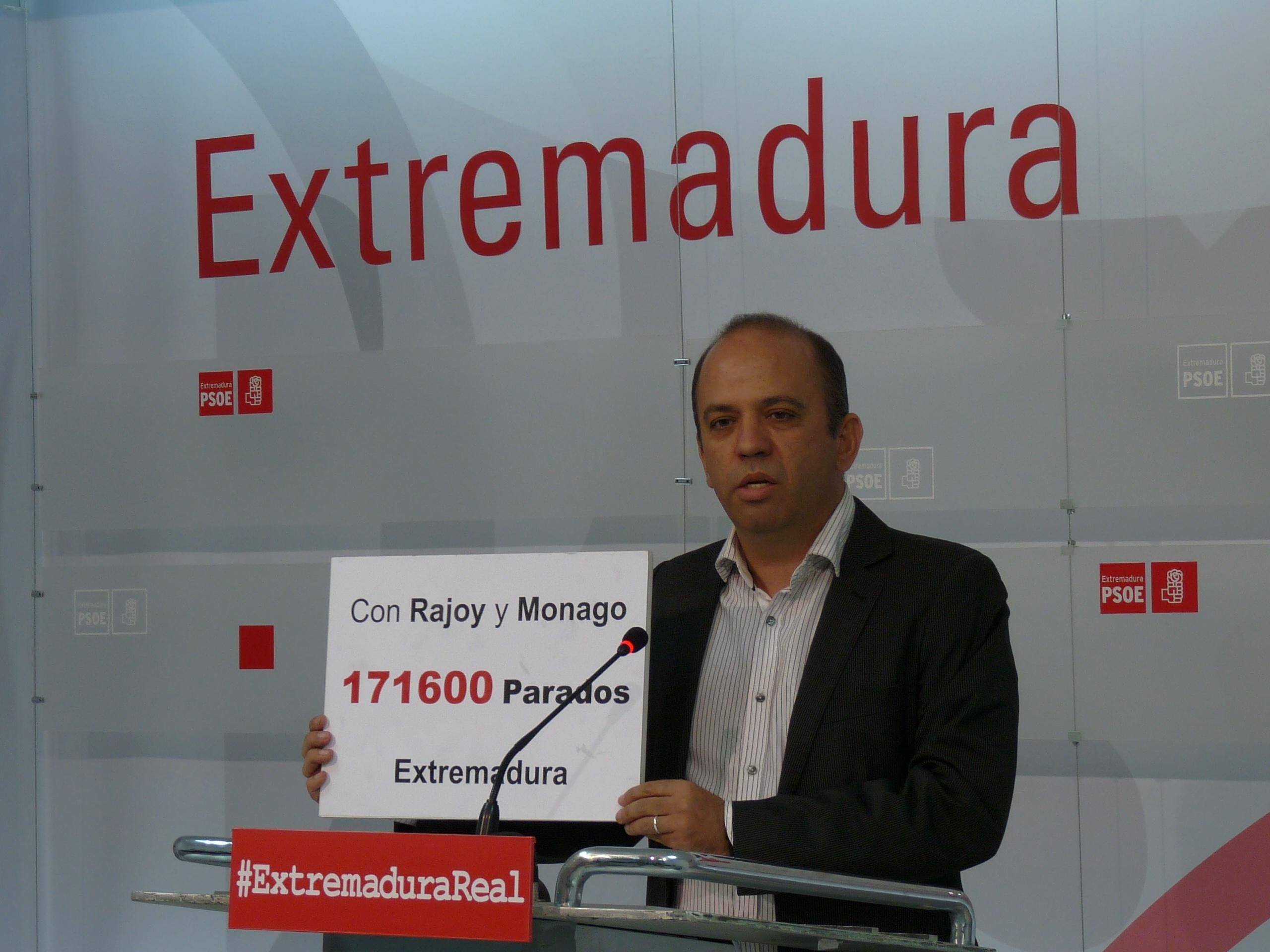 El PSOE destaca que «muchos» de sus ayuntamientos están ayudando a extremeños a no caer en el «pozo de la miseria»