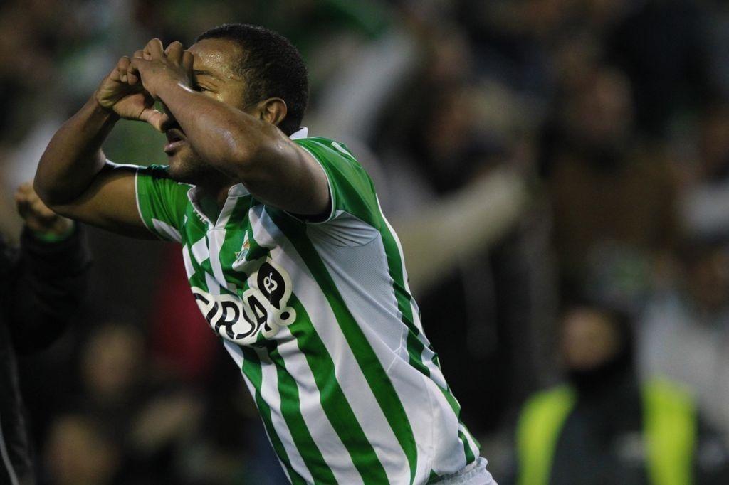 Pabón (Valencia): «Ojalá pueda hacer las cosas tan bien como las hice en el Betis»