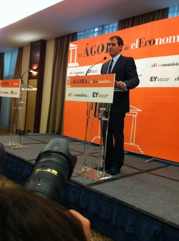 Rivera (C»s) pide al Gobierno un plan que vertebre España y frene el separatismo