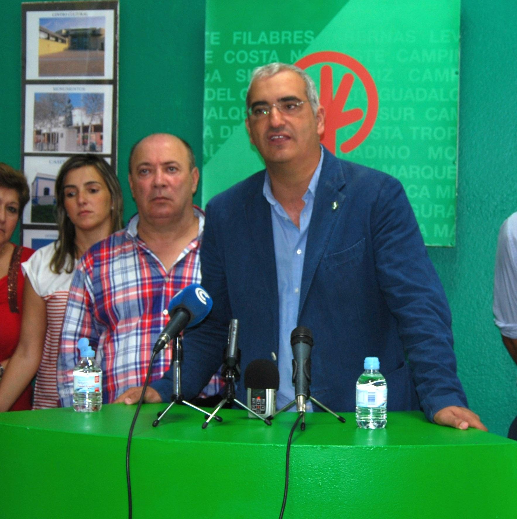 Ruiz (PP) critica «el papelón de IU salvando a Griñán en su huida al Senado»