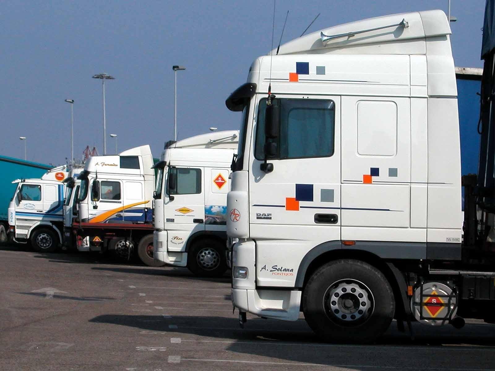 UGT y CCOO acusan a la patronal de «dinamitar» el convenio de transporte de mercancías por carretera