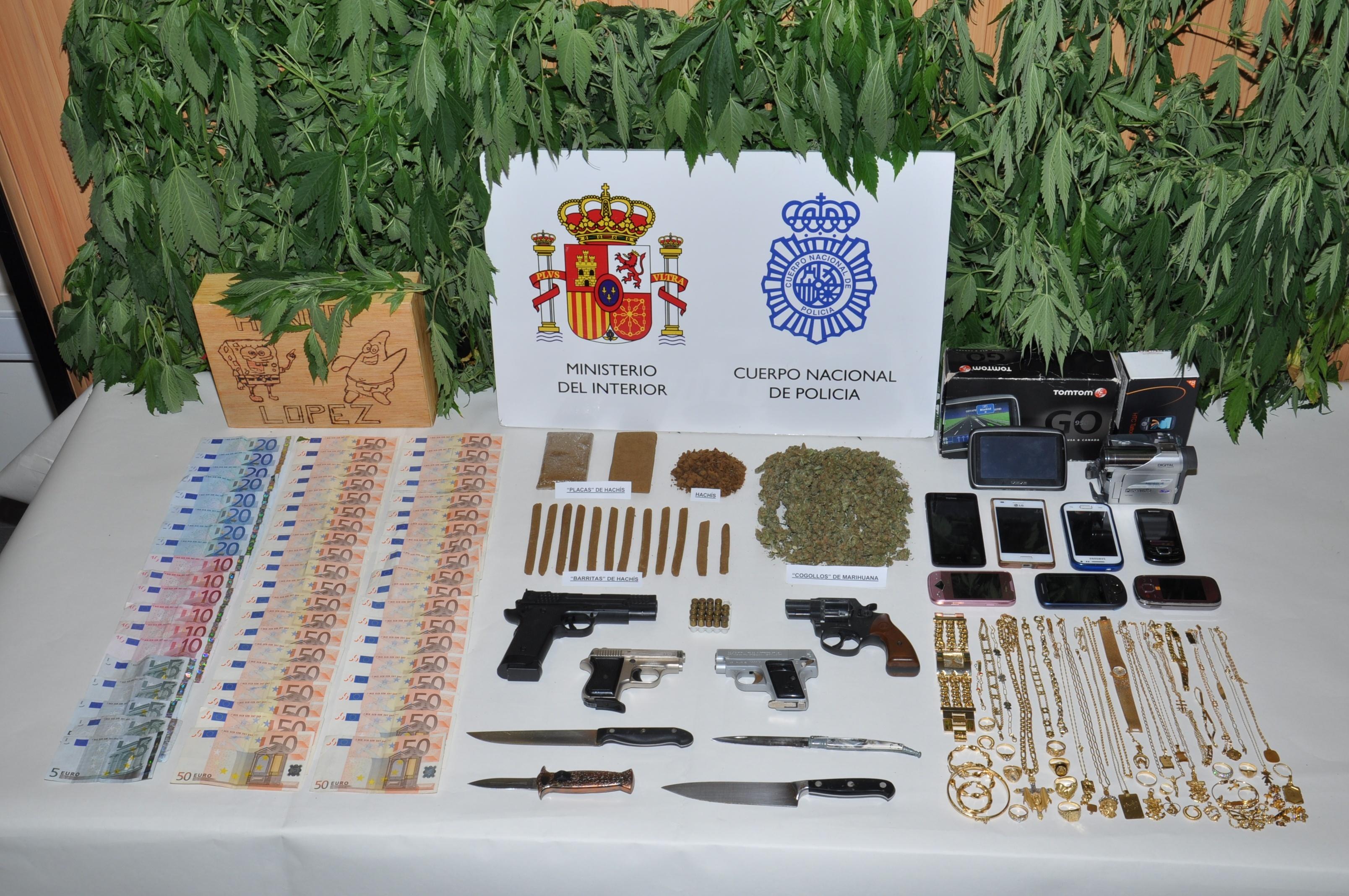 Ocho detenidos y 2,6 kilos de marihuana incautados en la desarticulación de un punto de venta en Valladolid