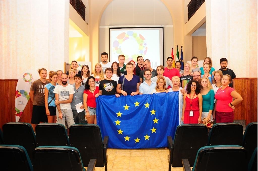 Unos 30 jóvenes europeos intercambian experiencias sobre los derechos humanos en un encuentro en La Noria