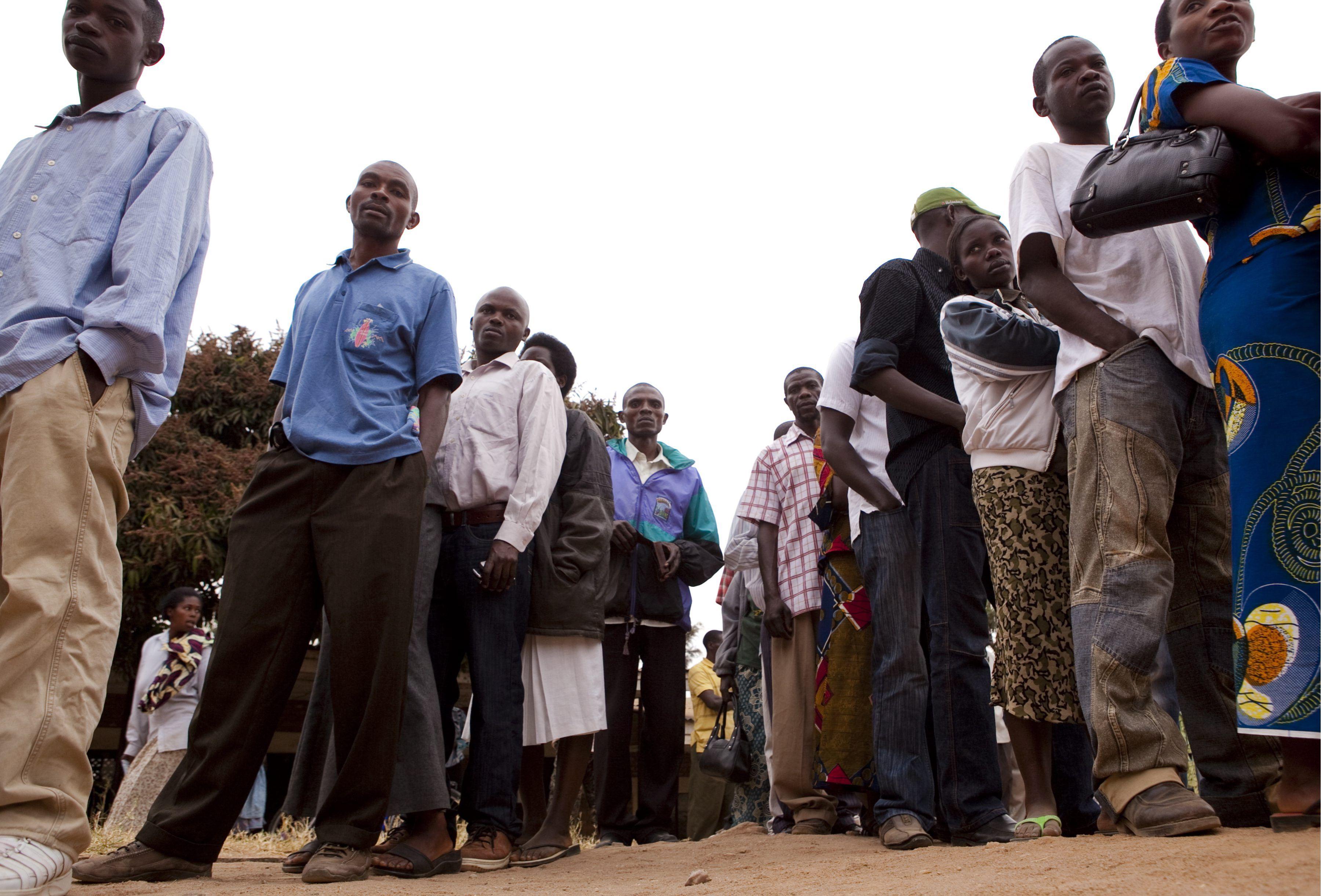 Ruanda vota para renovar su Parlamento en unos comicios marcados por la calma