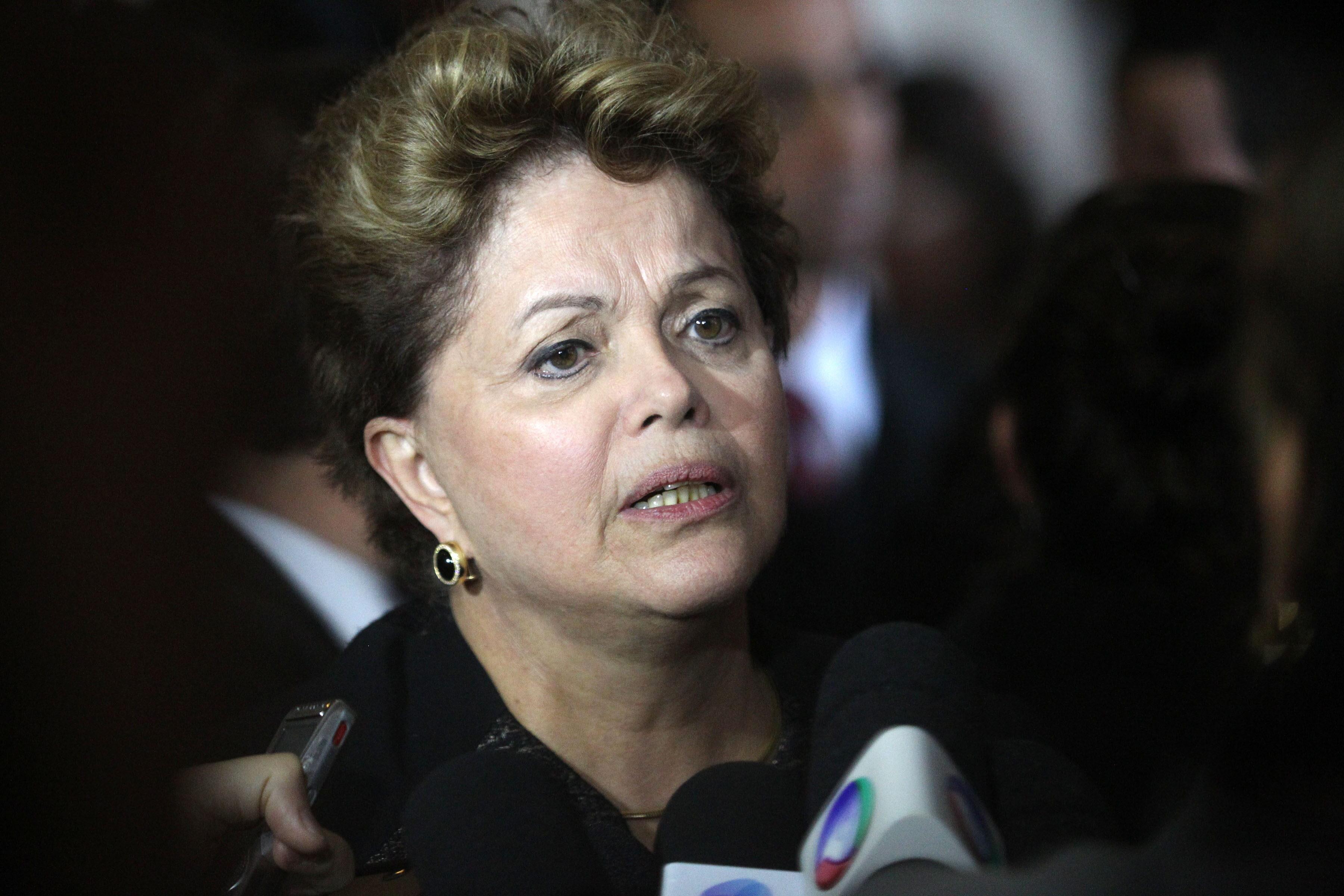 Rousseff deja claro su malestar con Obama al cancelar su visita de Estado a EE.UU.