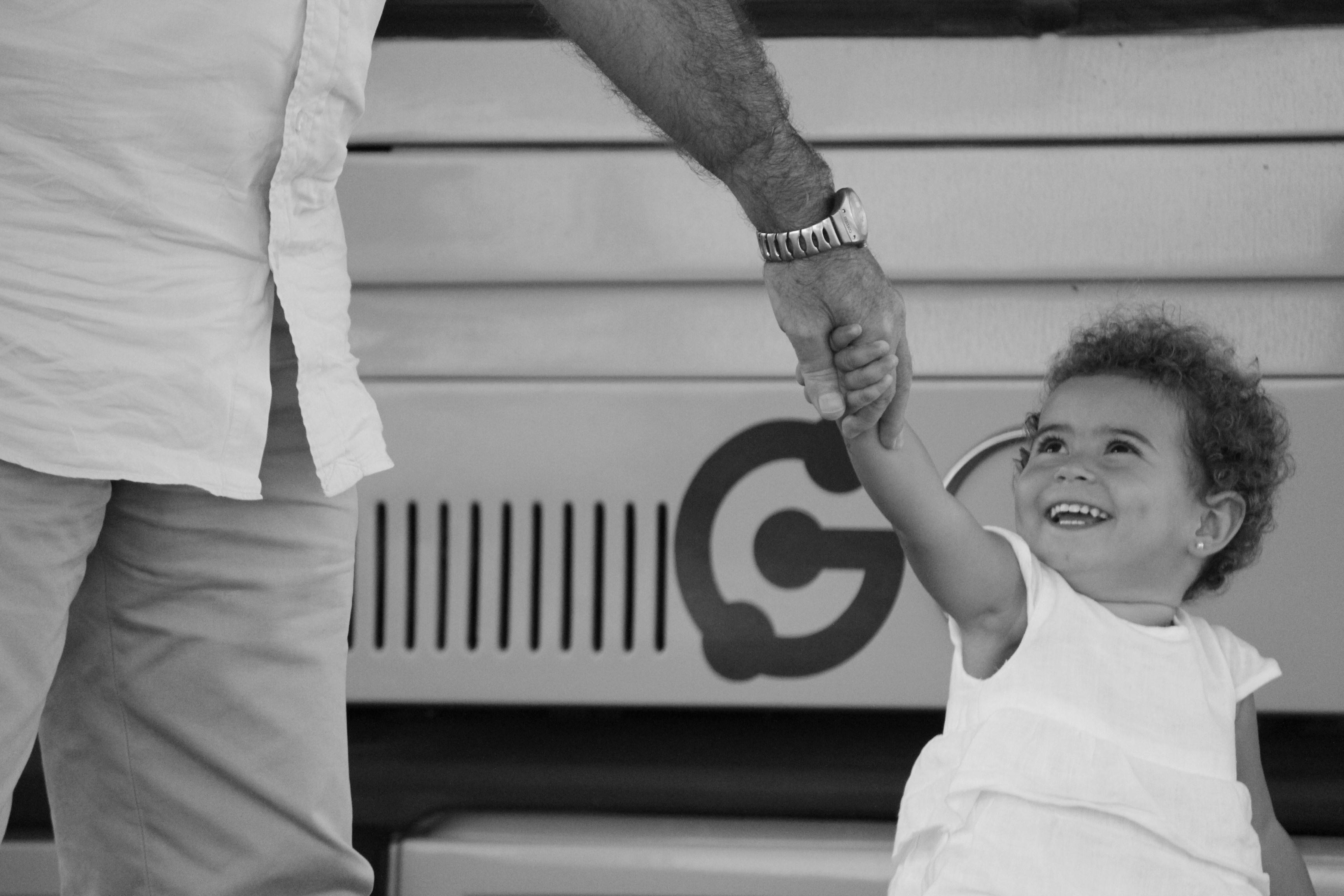 Guaguas Municipales elige la imagen »Juntos avanzamos» como ganadora del primer Concurso de Fotografía de adulto