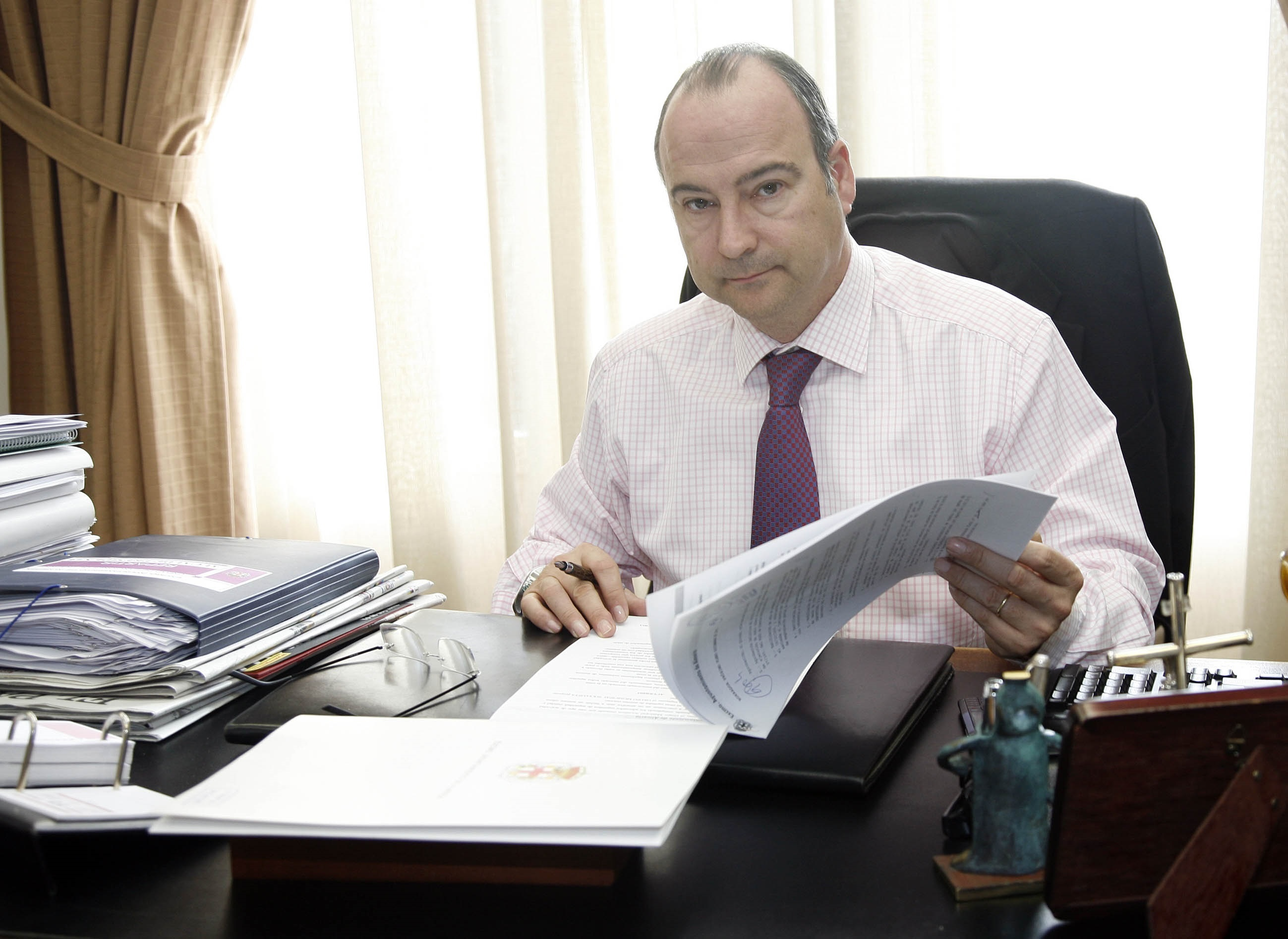 Rodríguez-Comendador reclamará a Díaz este jueves un «cambio de rumbo» en políticas de la Junta con Almería