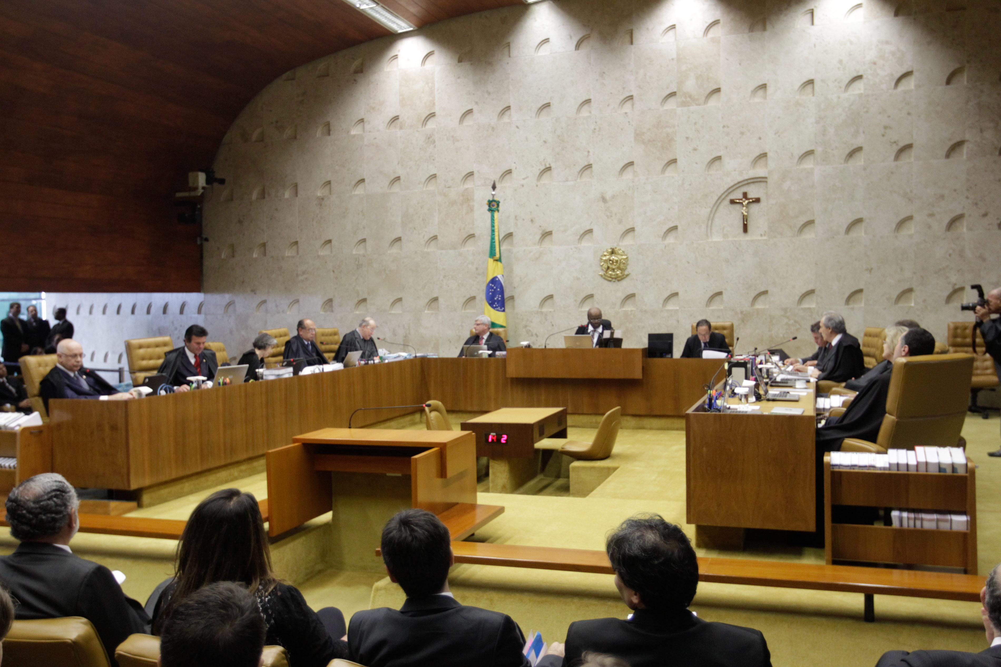 Un voto prolonga el «juicio del siglo» en Brasil para doce de los condenados