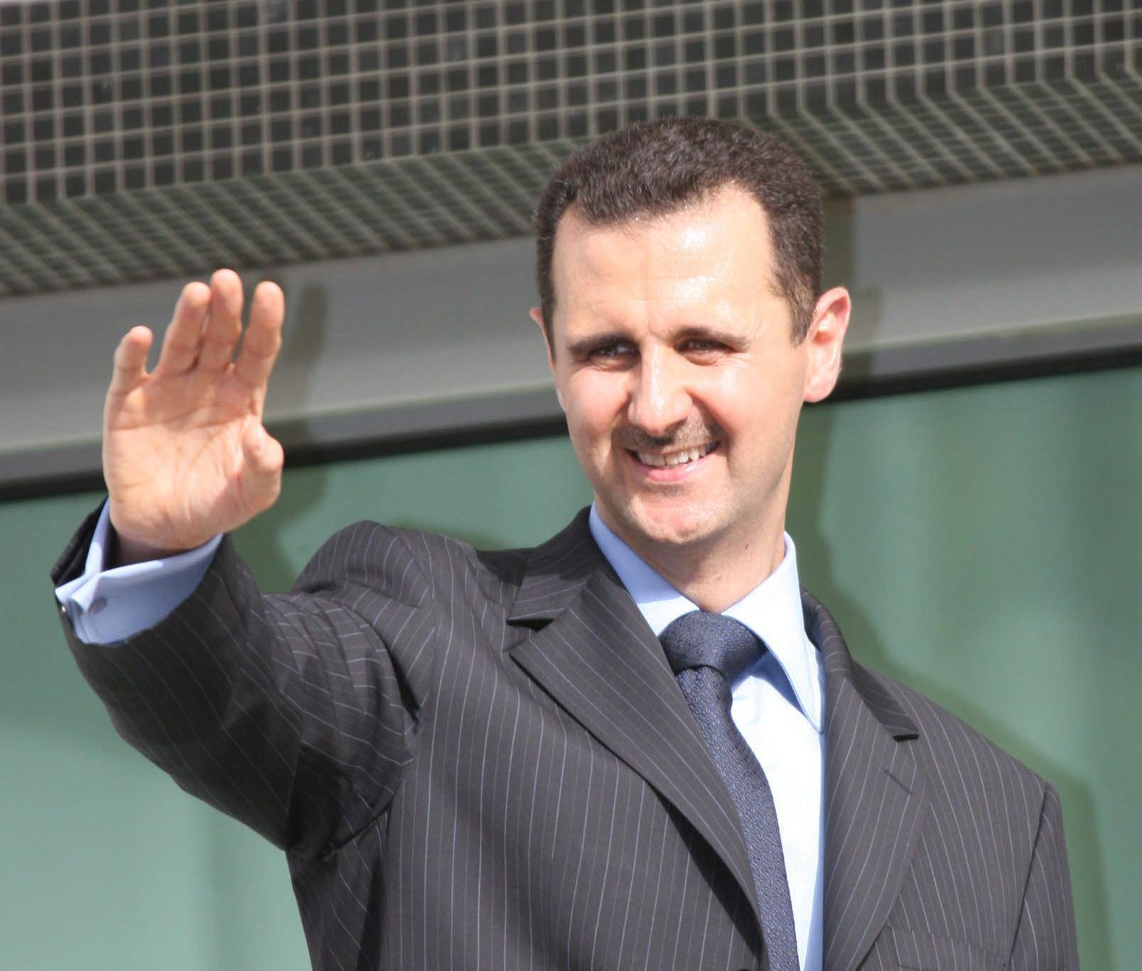 Al Asad dice que llevará un año destruir las armas químicas pero reafirma el compromiso