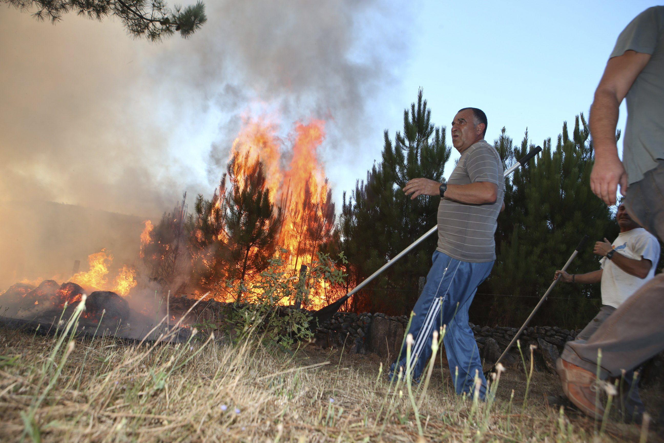 Detenido un joven al que acusan de más de una decena de incendios forestales