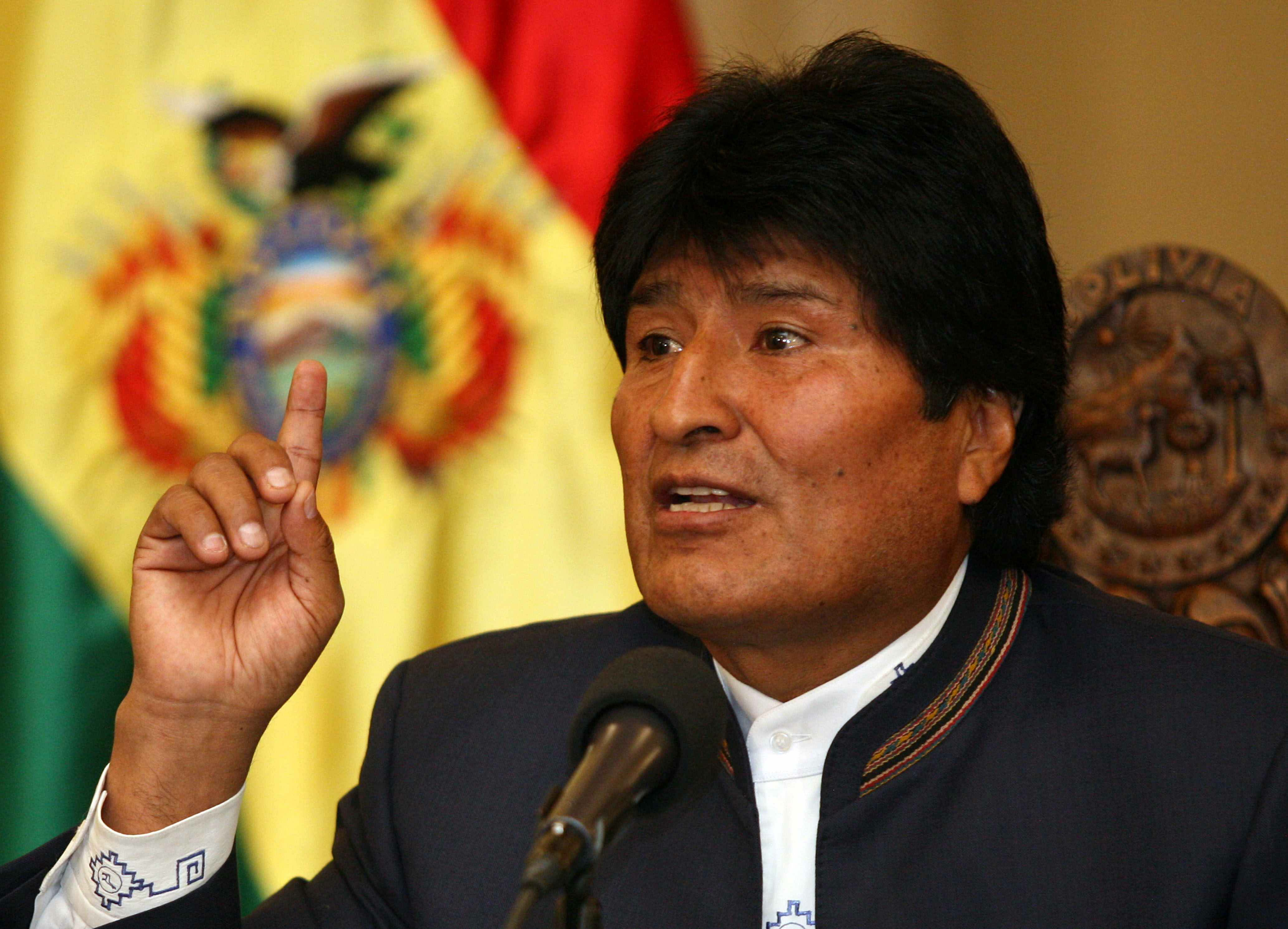 Empresas de España y China construirán un ferrocarril en el centro de Bolivia