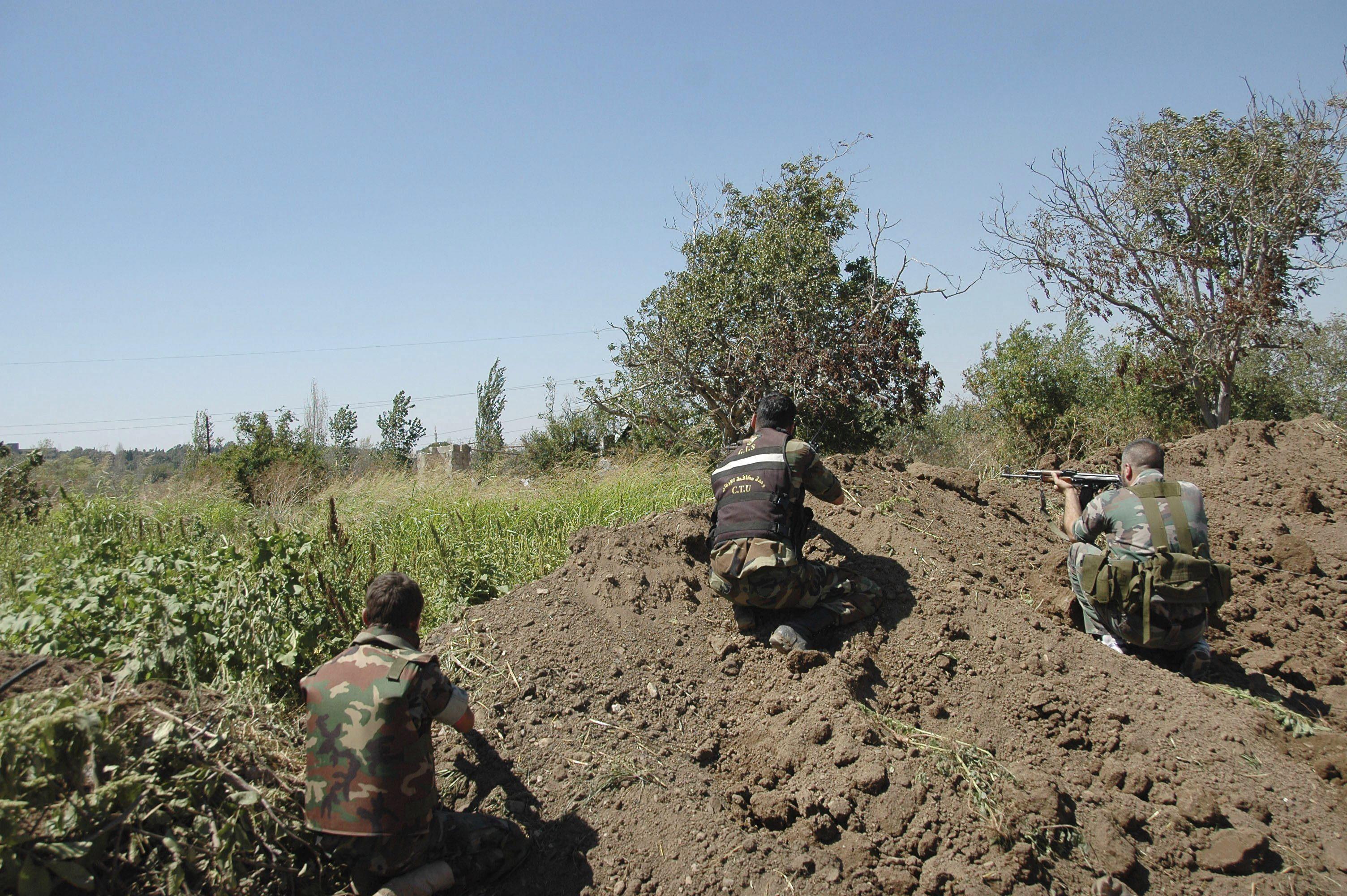 Los rebeldes pierden una ciudad del norte en manos de combatientes de Al Qaeda