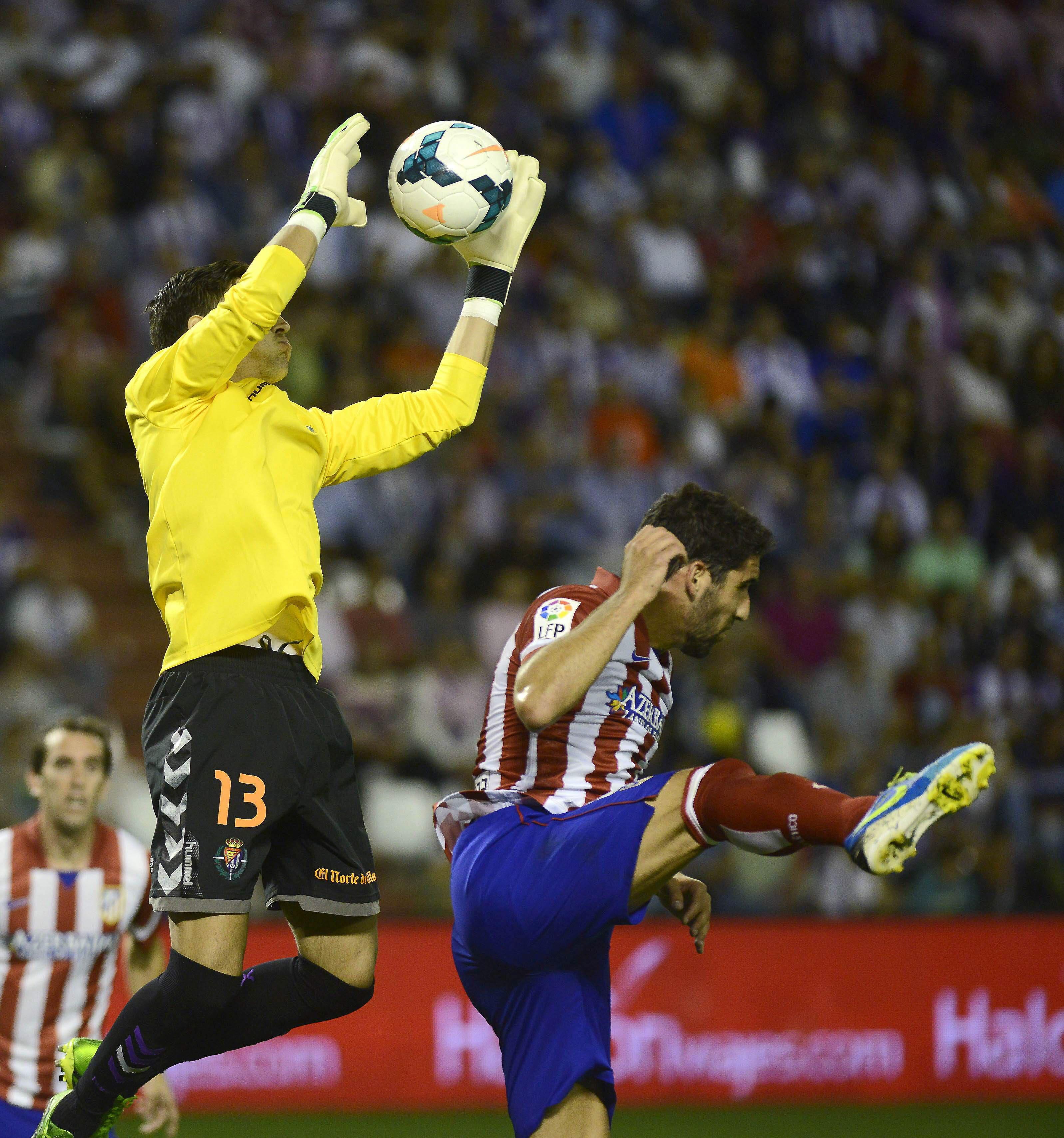 0-2. Raúl García y Costa mantienen al Atlético a la estela del Barcelona