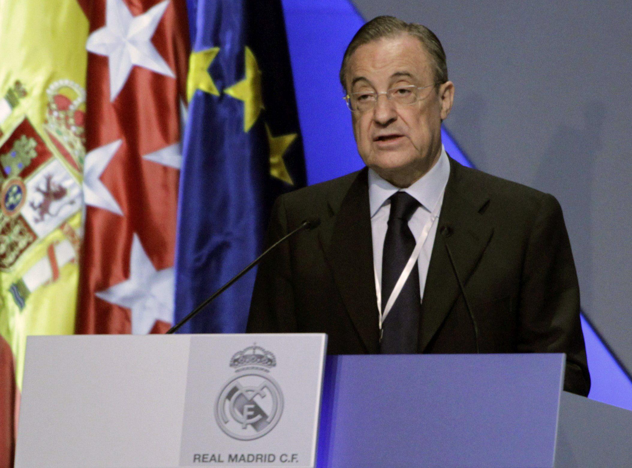 Los socios del Real Madrid, muy críticos con la prensa durante la asamblea
