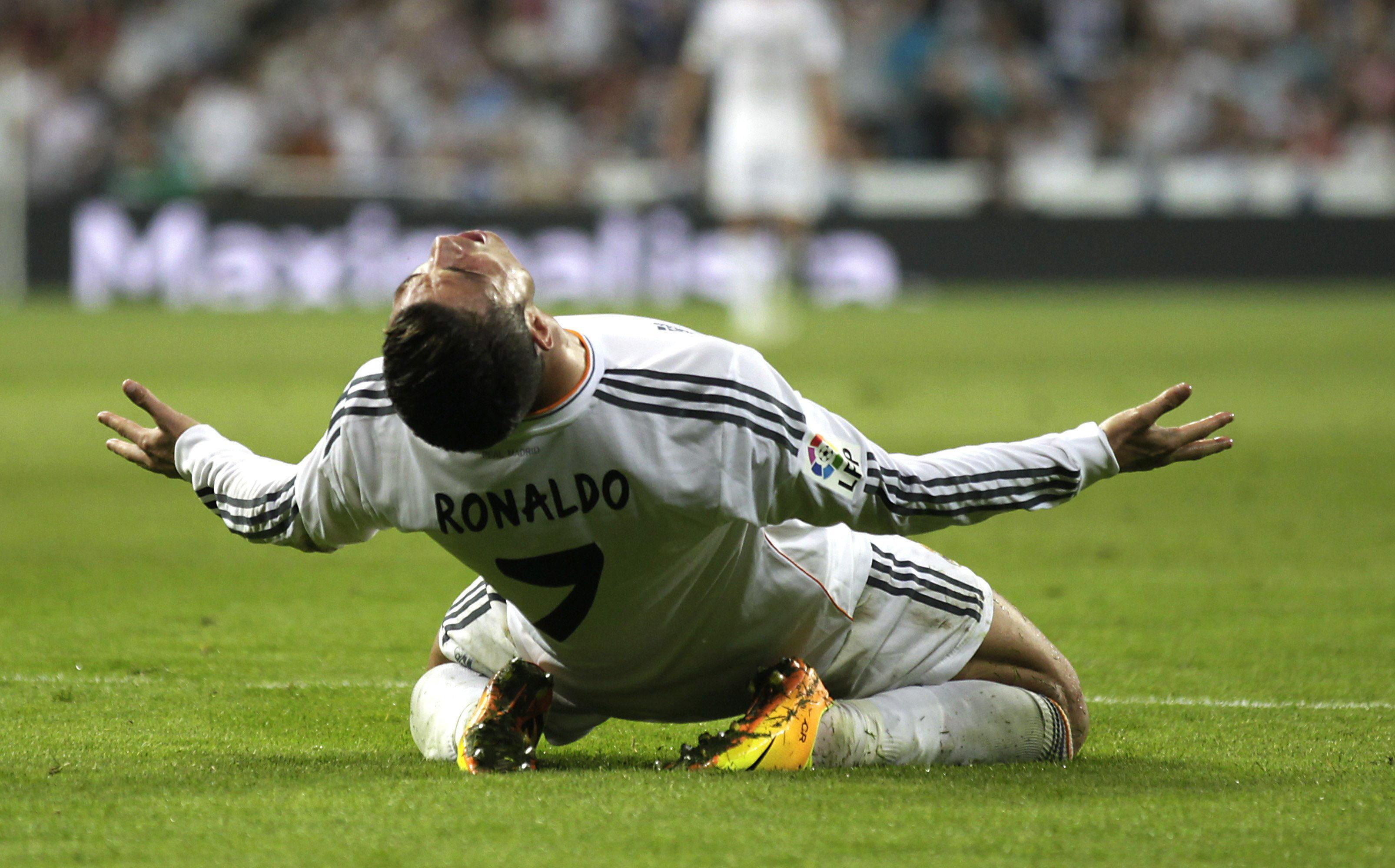 4-1. El Real Madrid remonta al debut fallido de Bale en el Bernabéu